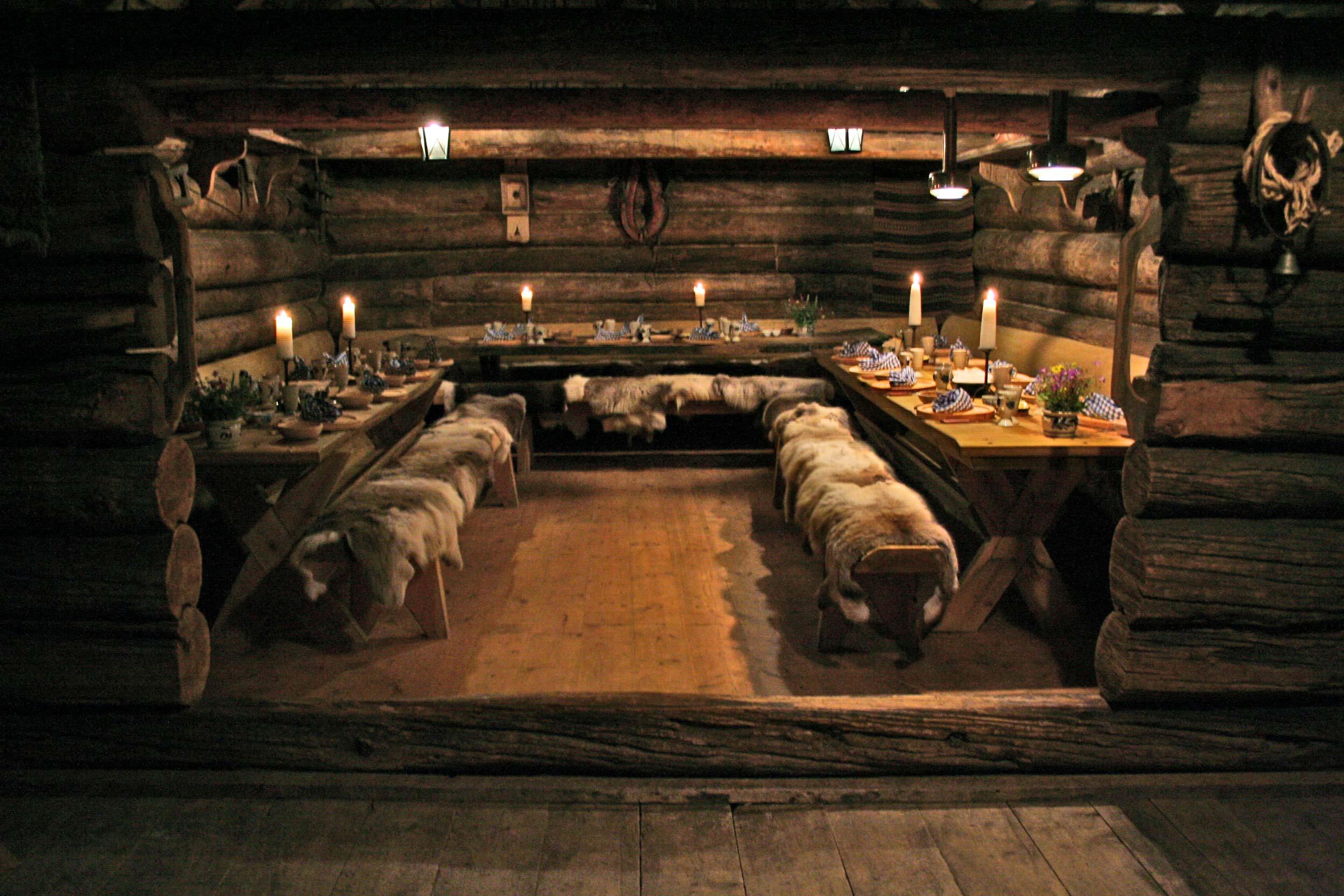 Dinner-in-the-Stalheim-Folk-Museum.jpg
