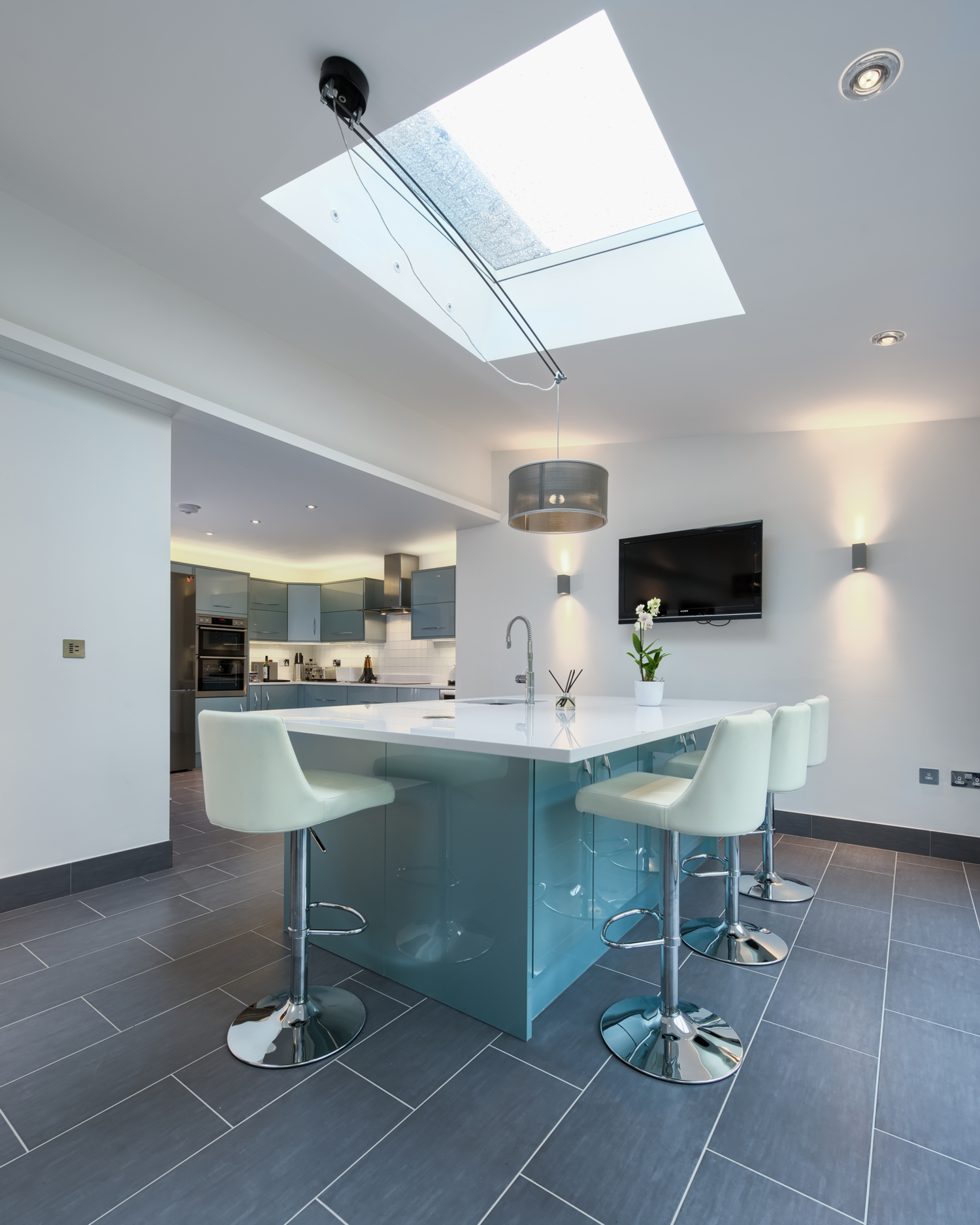 Skylight of a lighting house extension by Harvey Norman Architects Cambridge