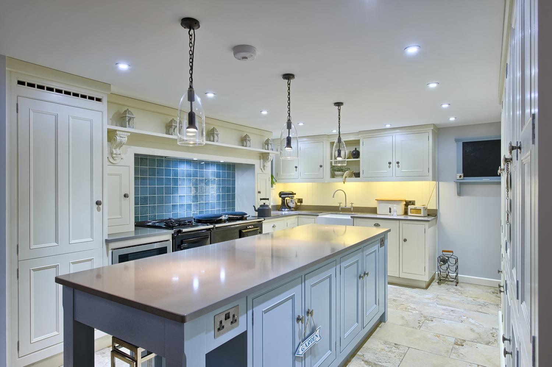 architects-cambridge-house-resign-kitchen-island-counter-harvey-norman-1133.jpg