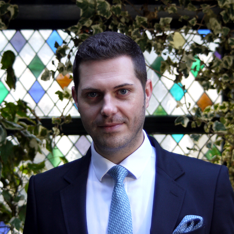 CHRIS MILLER - OPERATION DIRECTOR GATWICKchris@artisanpeople.com