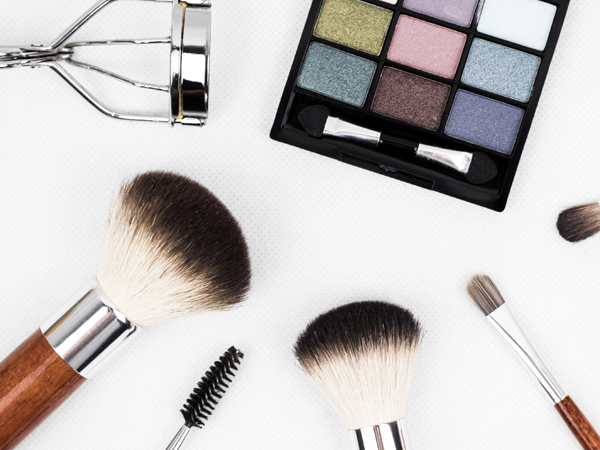 CLIENTS - Our Beauty Team at Artisan People has a deep understanding of the industry's needs, and personal insight that acts as a cornerstone of our hand held and individual service.