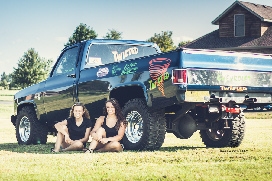 Billings Missouri Senior Pictures with Pulling Truck
