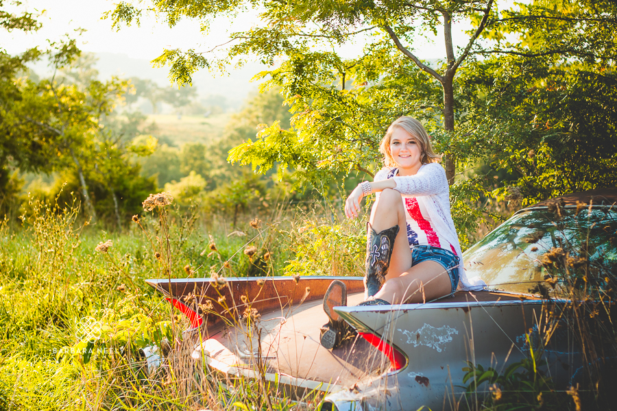 Country Girl with a Old Car Senior Pictures in Southwest Missouri