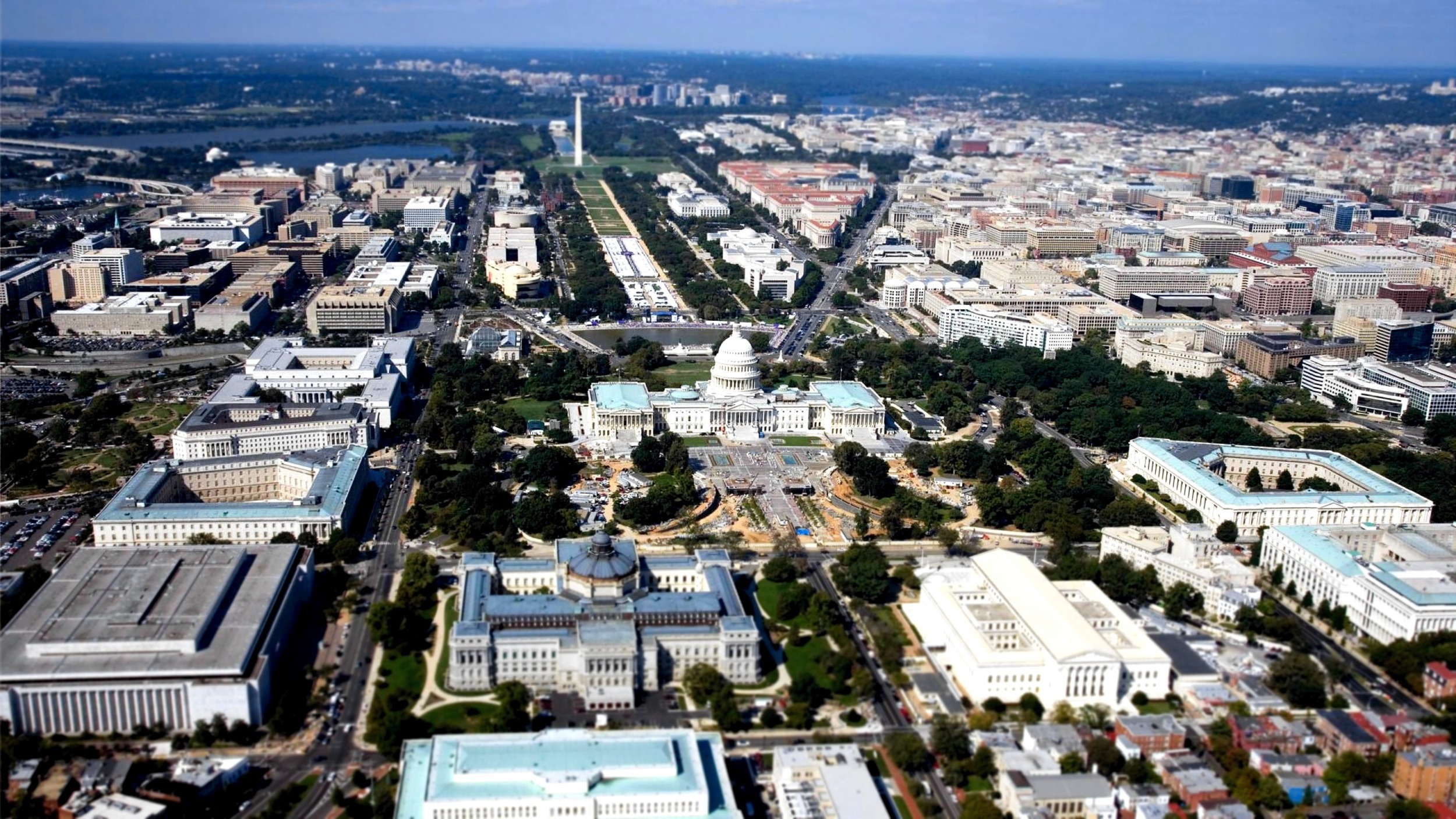 D.C. born and bred, we take great pride living in a city of such intellectual power and professional accomplishment. Washingtonians excel in the realms of government and politics, law and business, medicine and science, education... the list goes on.      As health professionals, we strive to improve the health of our community. Hard work and professional commitment can take a toll on personal health, and our challenge is to help individuals, families, and communities get healthy - and stay healthy through proven, sensible lifestyle changes through proper nutrition, exercise, and stress reduction.