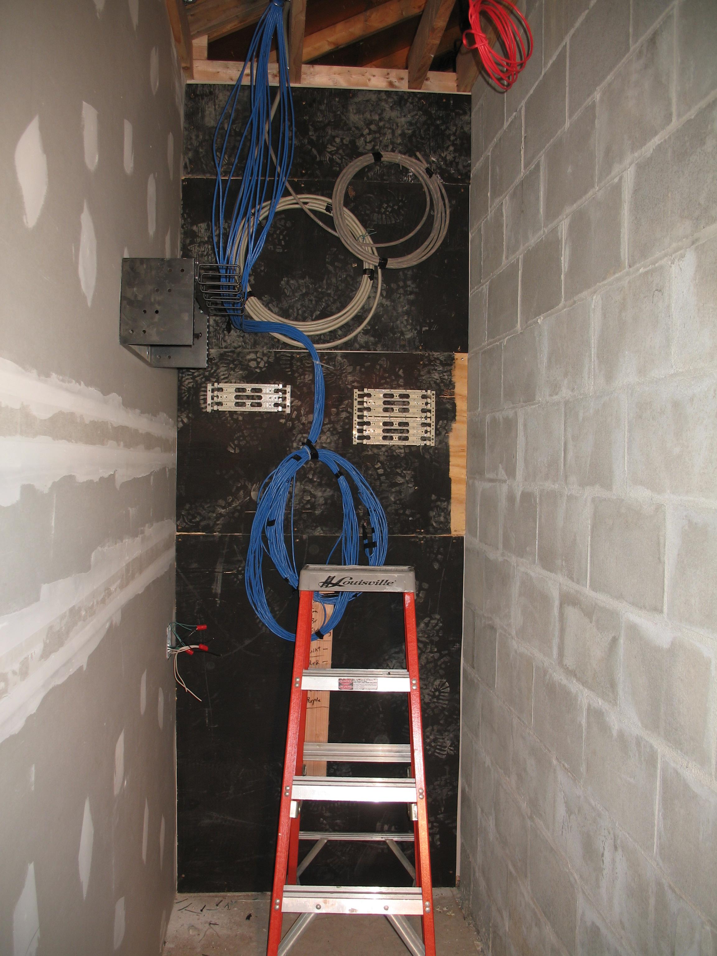 Electrical closet.JPG