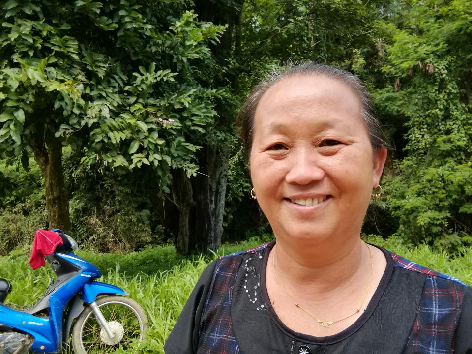 Hli - Hli is in Thailand and her loan is for raw materials for weaving as she transitions into the role of main breadwinner of her family.