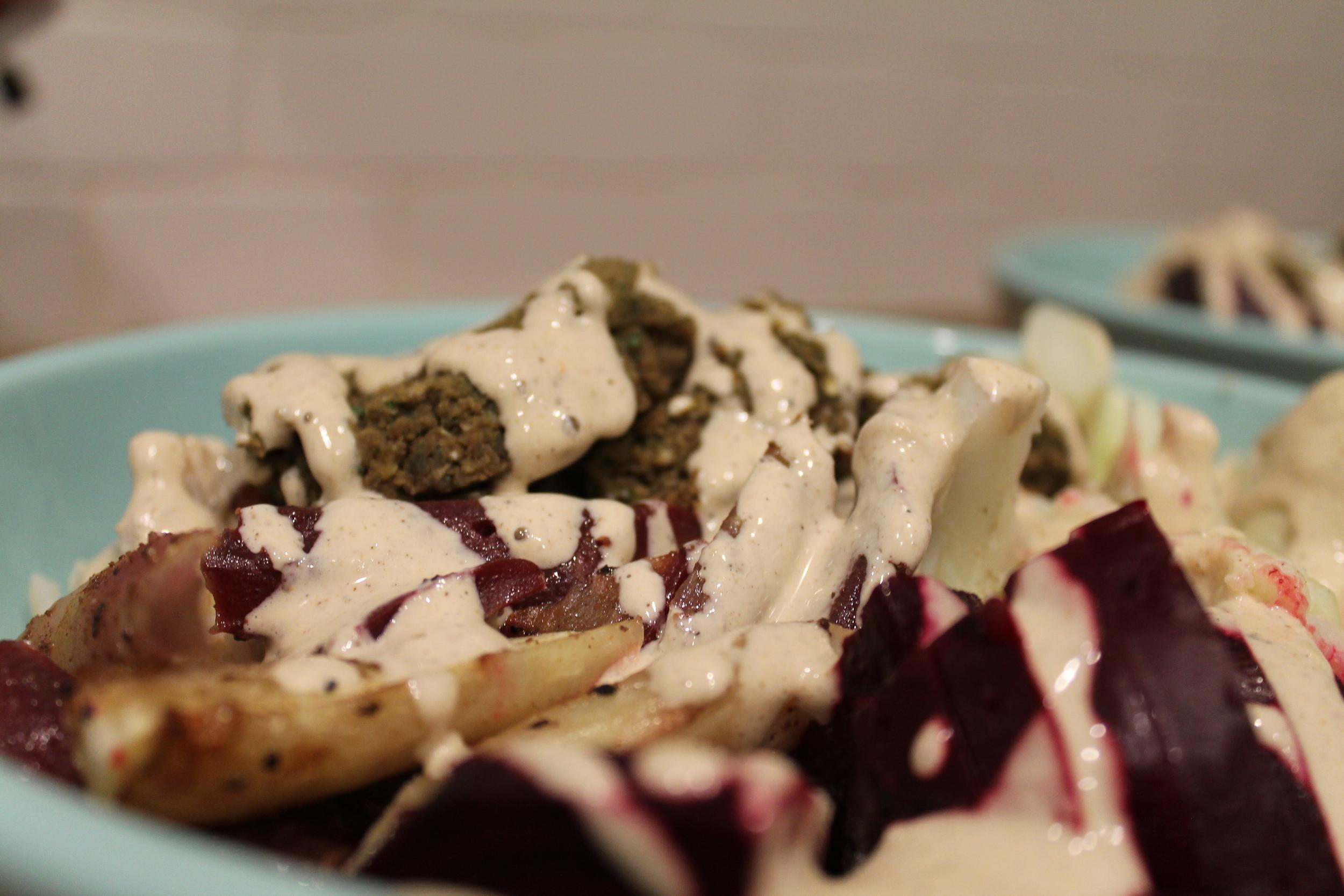 Tahini Buddha Bowl with Baked Falafel - Gluten-Free & Vegan Hearty Soul Food. By www.fernsandpeonies.com