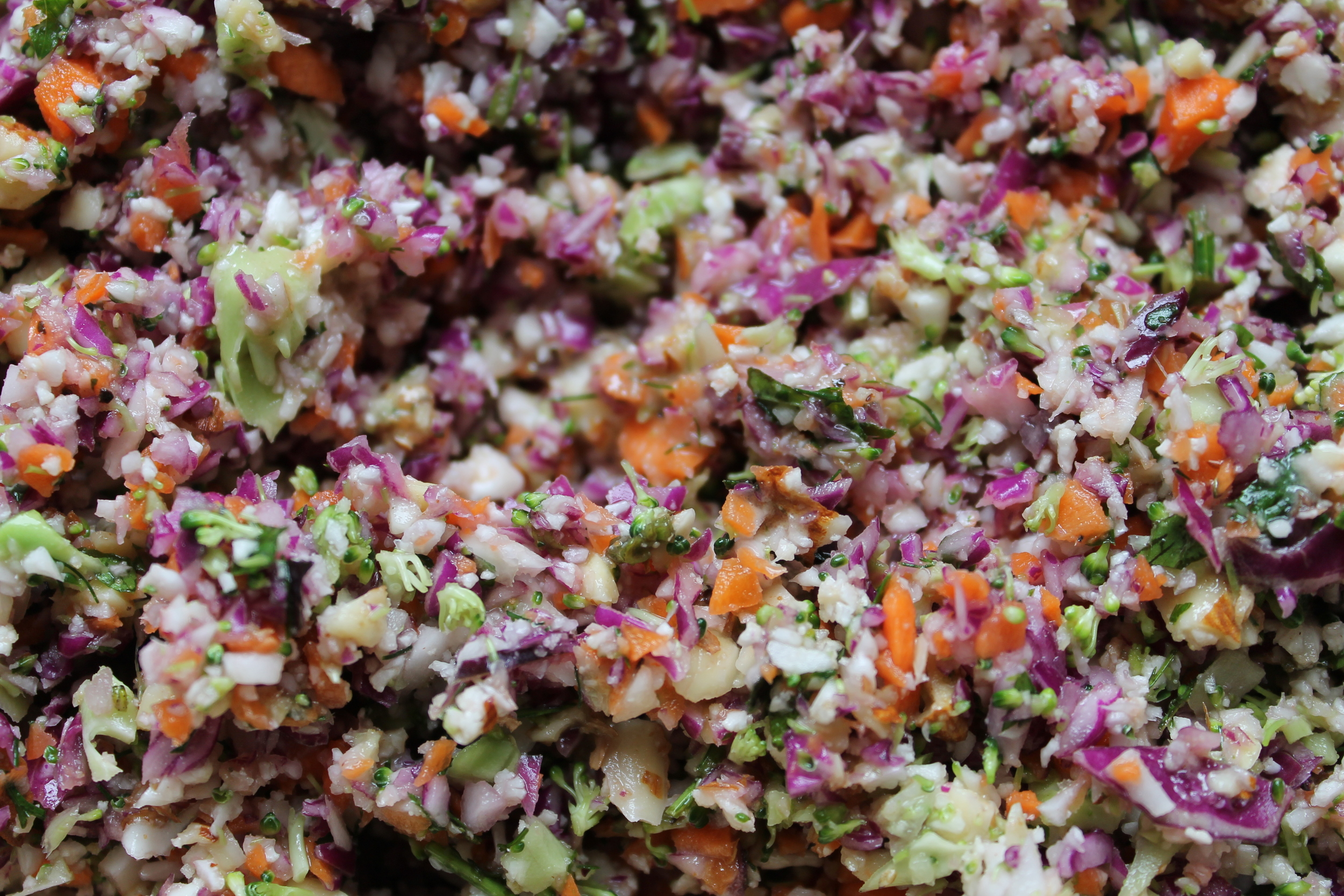 Raw Chopped Salad with Orange Dijon Dressing - the perfect detox or weight loss salad that is high in fiber and essential nutrients. Find the recipe at www.fernsandpeonies.com