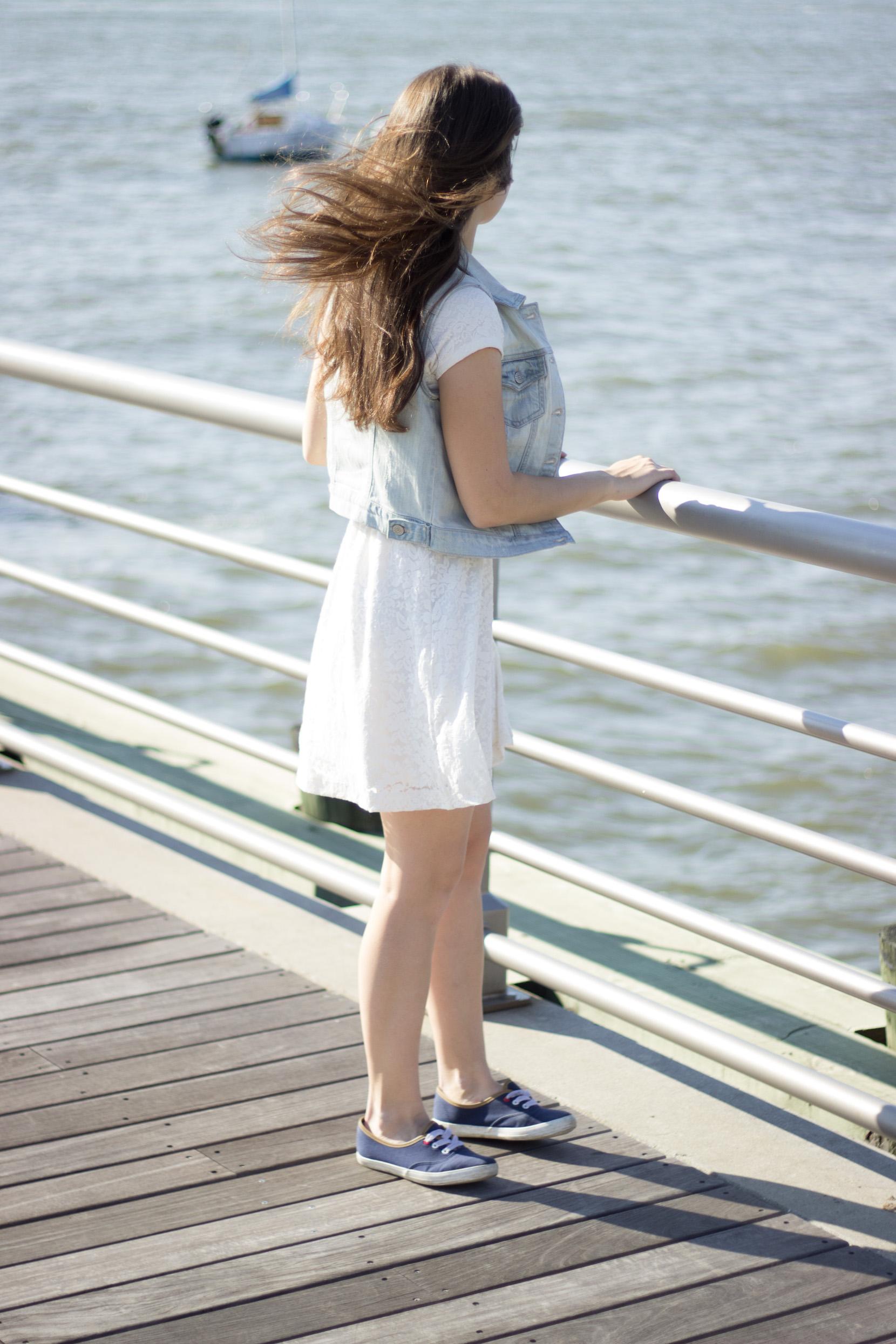 katya wind hudson denim white dress irra korrelat walksmilesnap new york senior photo sun.jpg