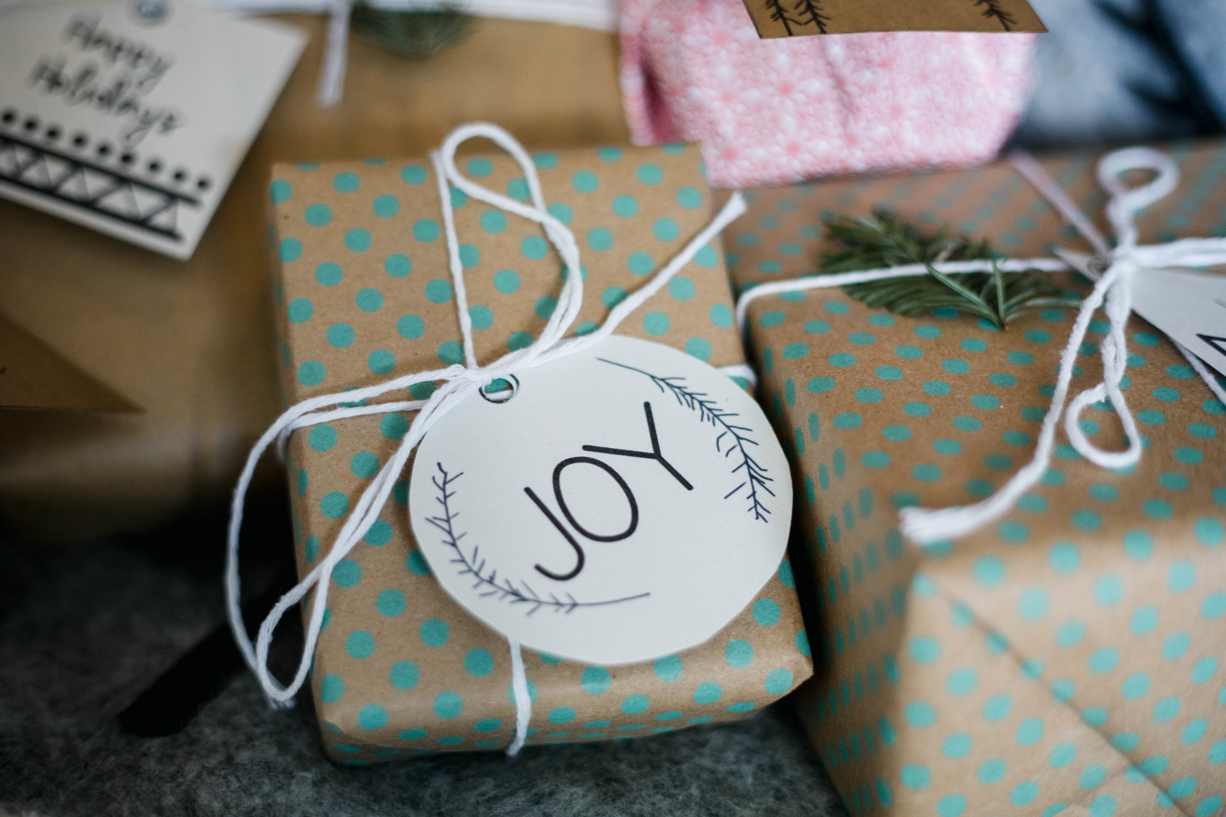 Free printable scandi inspired Christmas tags | Ruby Thursday collective