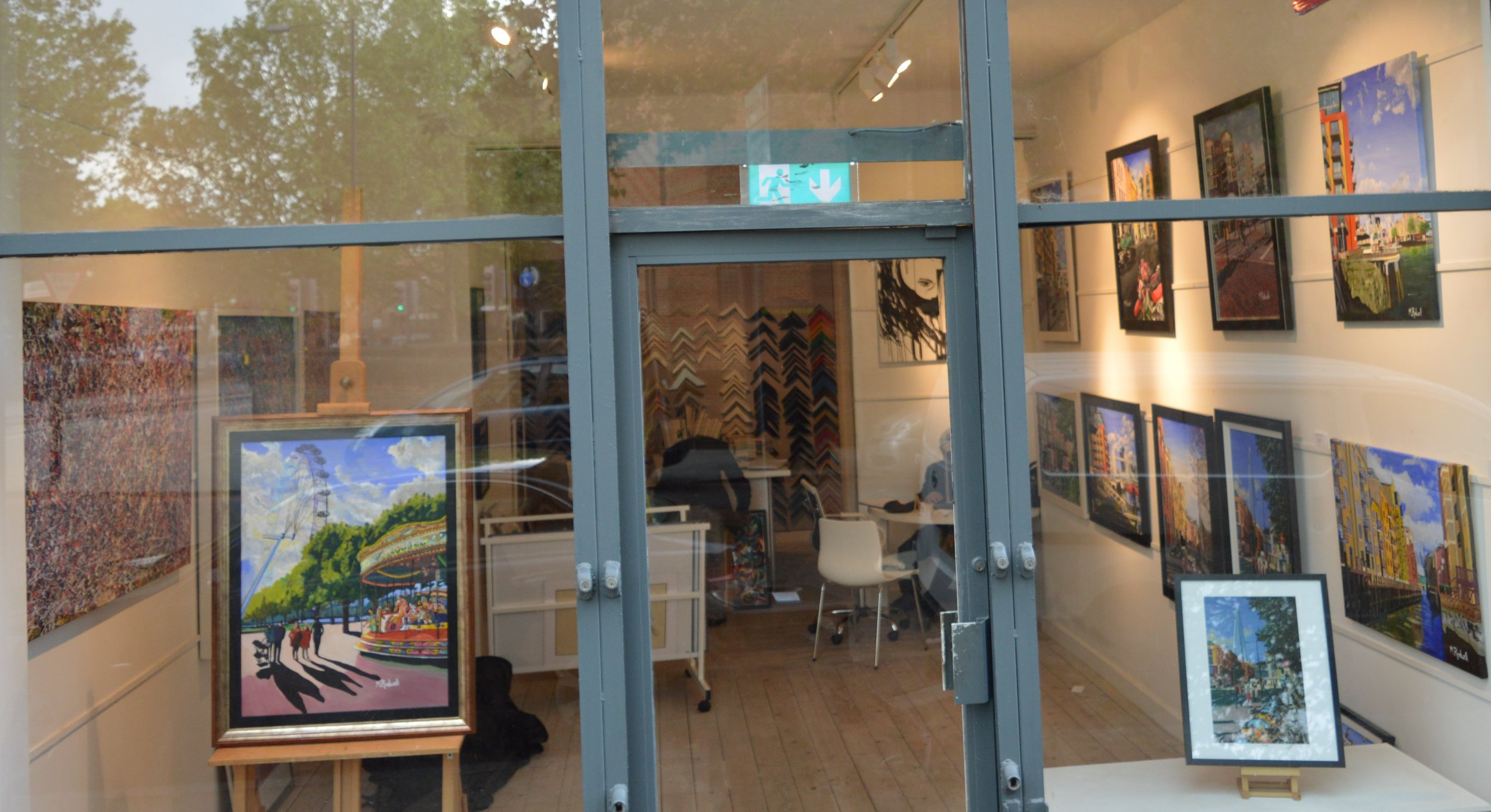 Bermondsey Gallery | Paintings of Places | Artist | M.Rodwell