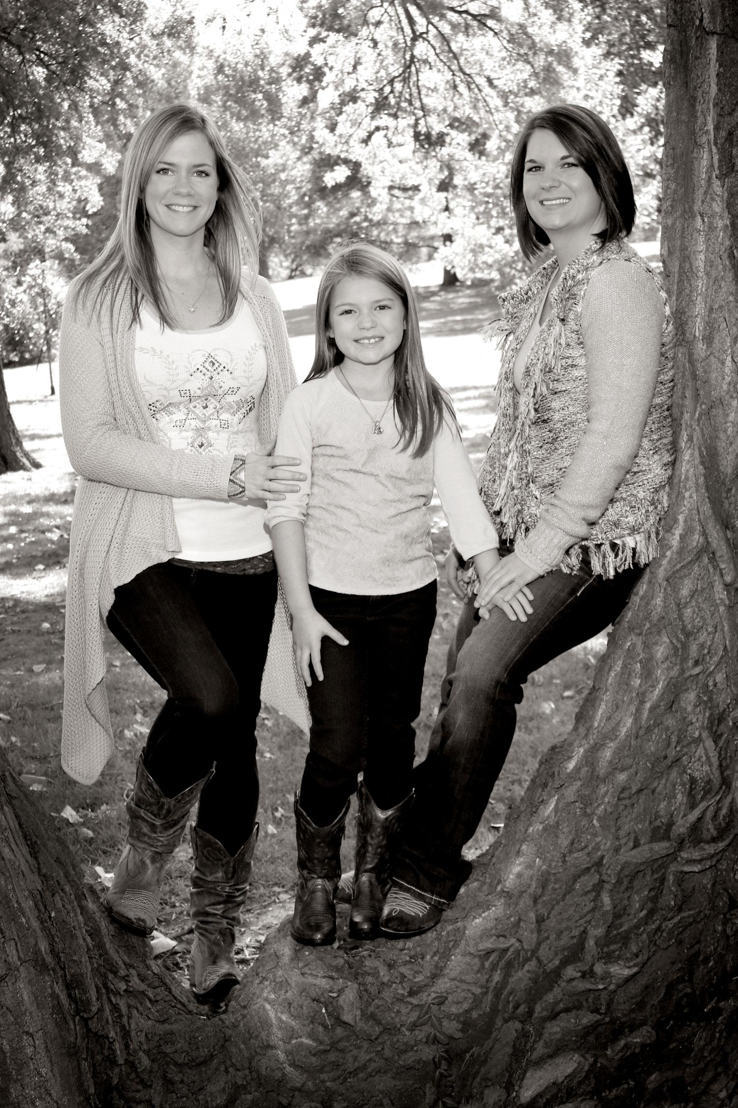 lesbian.couple.family.portraits.professional.jpg