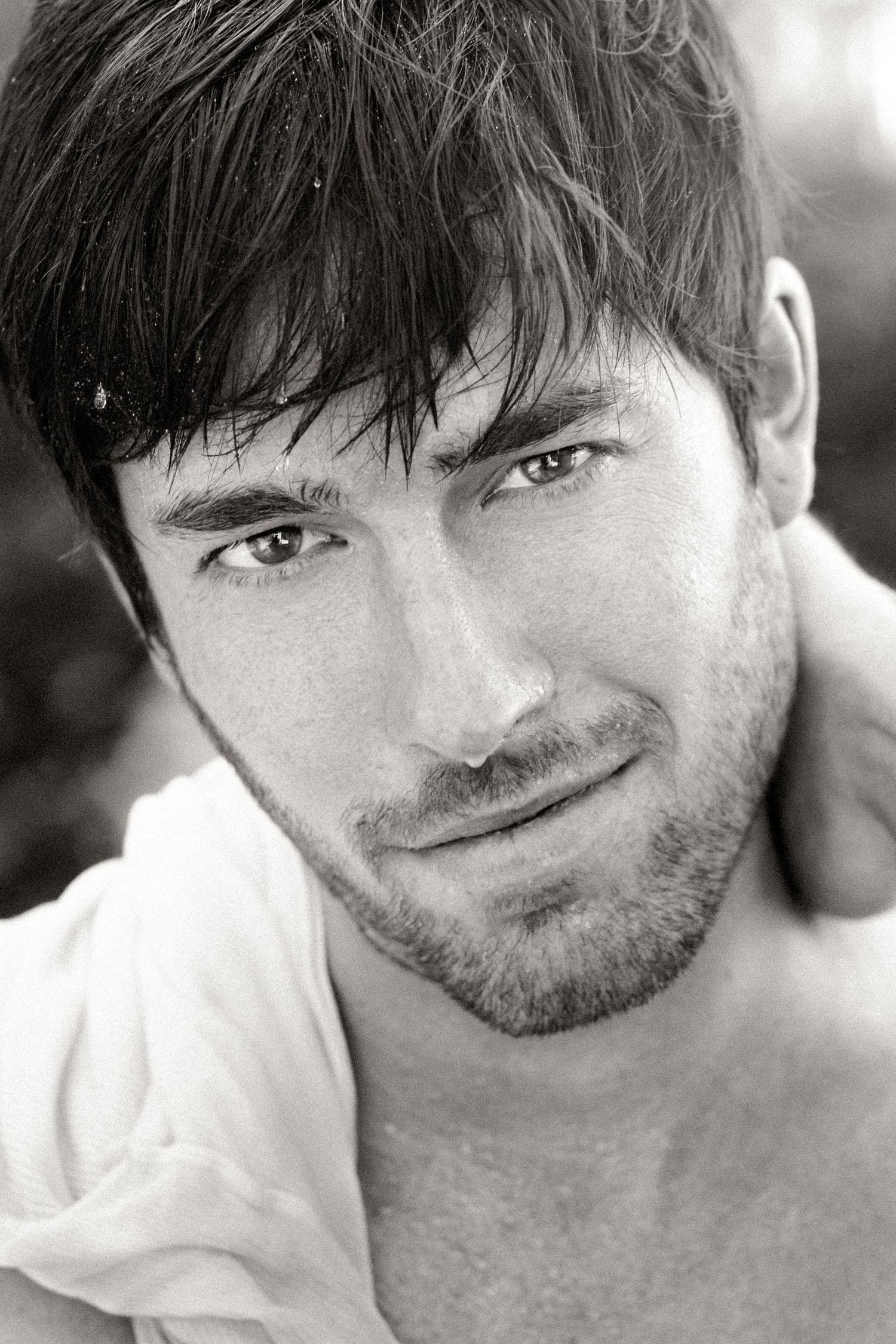 very.handsome.men.professional.portraits.kansas.city.jpg