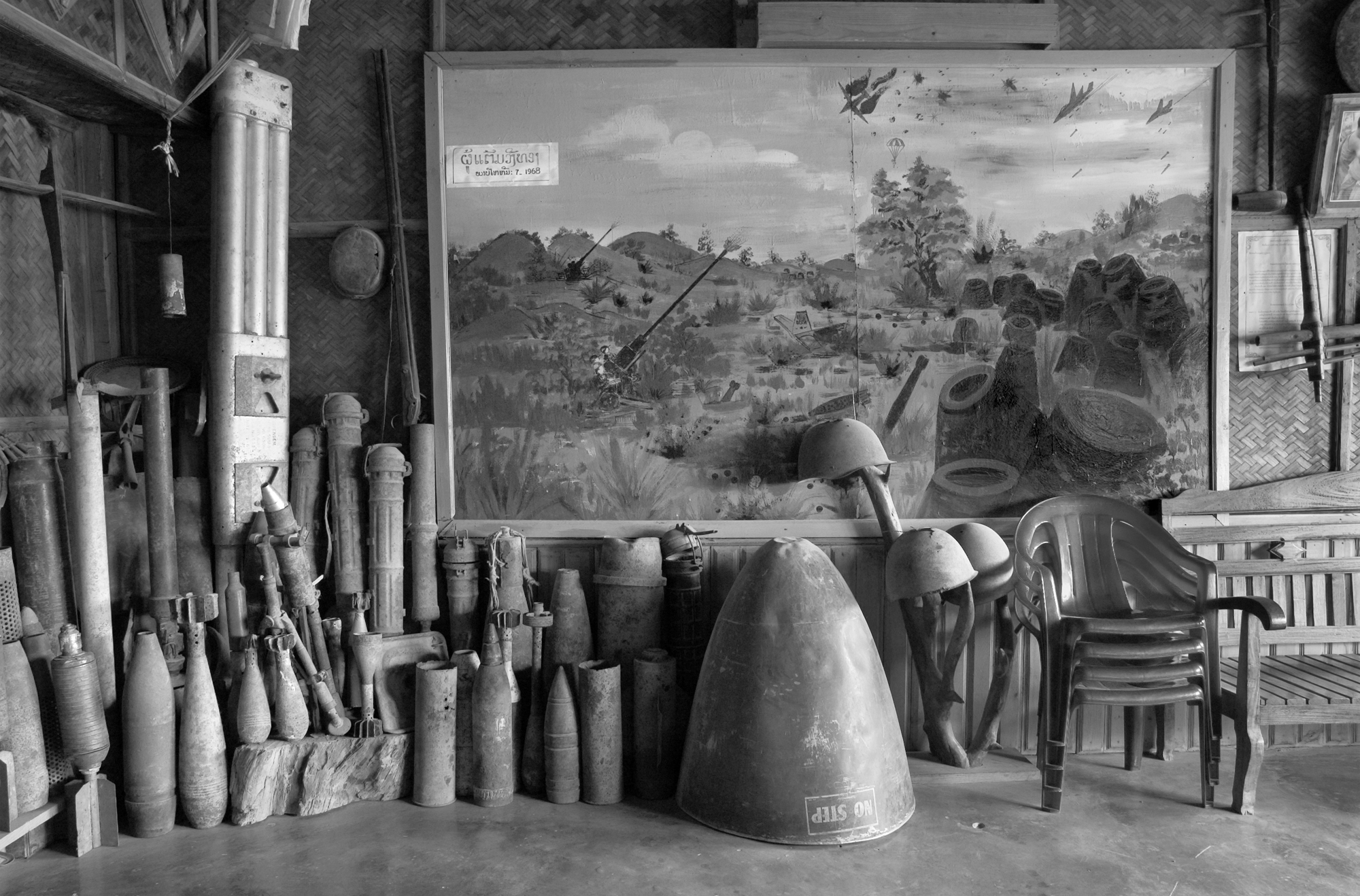 Until it closed, the lobby of the Vinh Thong Guesthouse in Phonsavan town, Laos, displayedan amazing array of defused UXO (unexploded ordnance) as well as a hand-painted mural depicting fighting around the Plain of Jars in 1968.