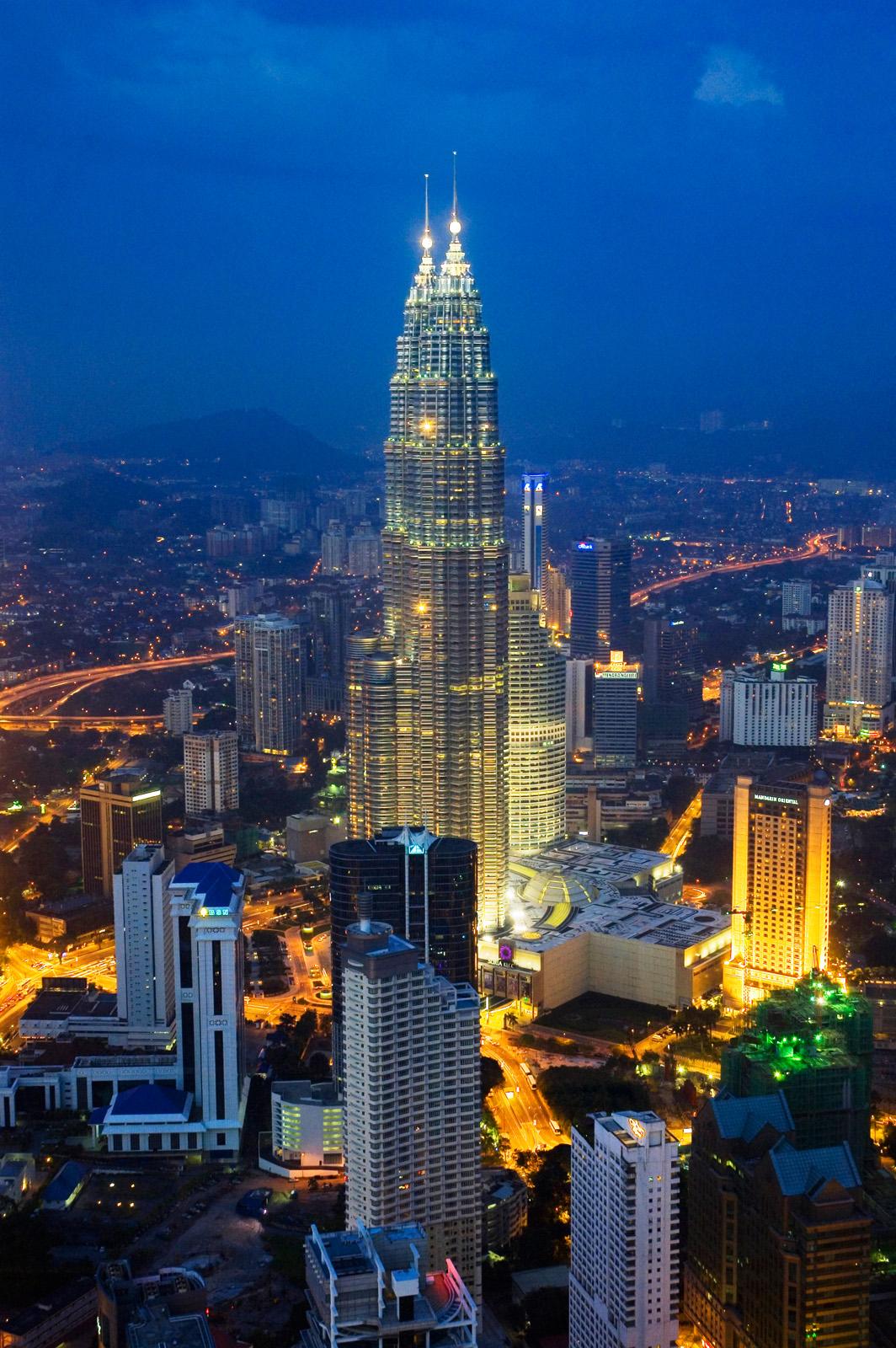Petronas Towers, Kuala Lumpur (night)