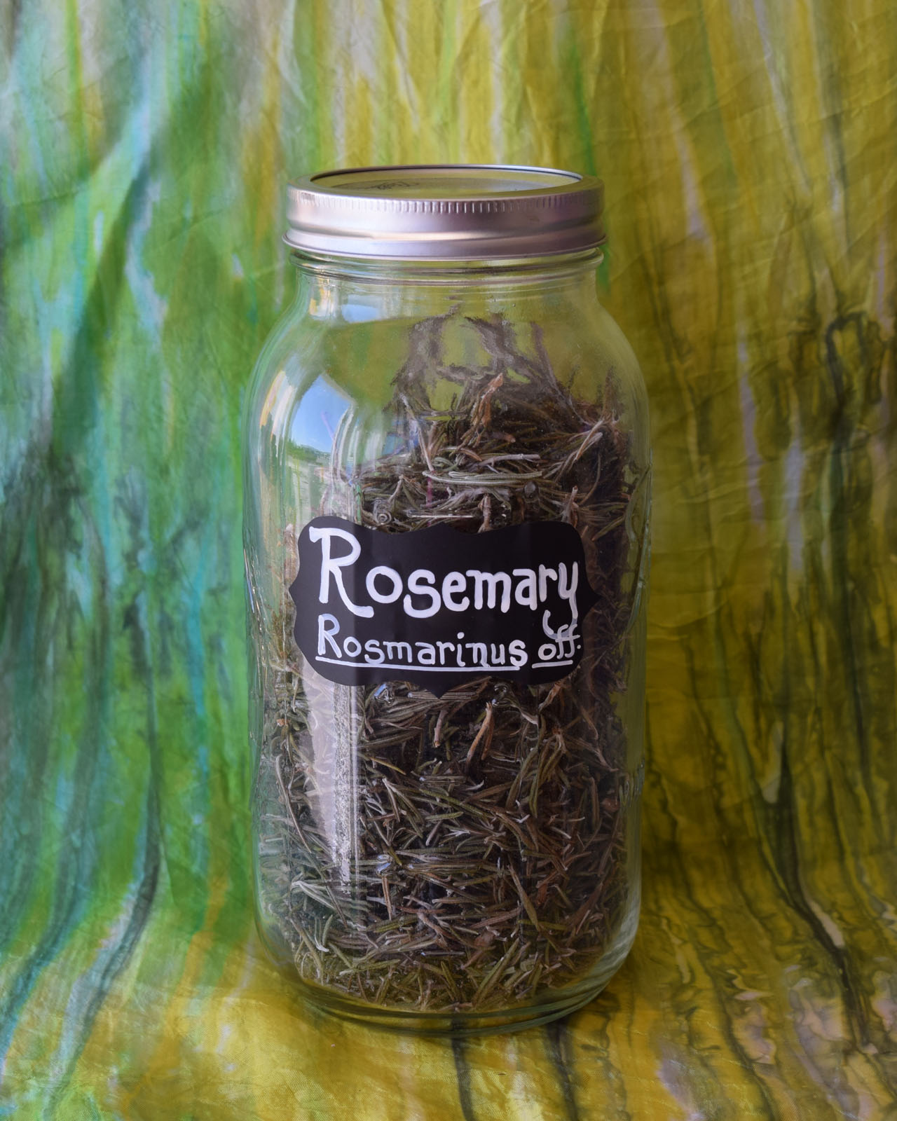 Rosemary leaves*
