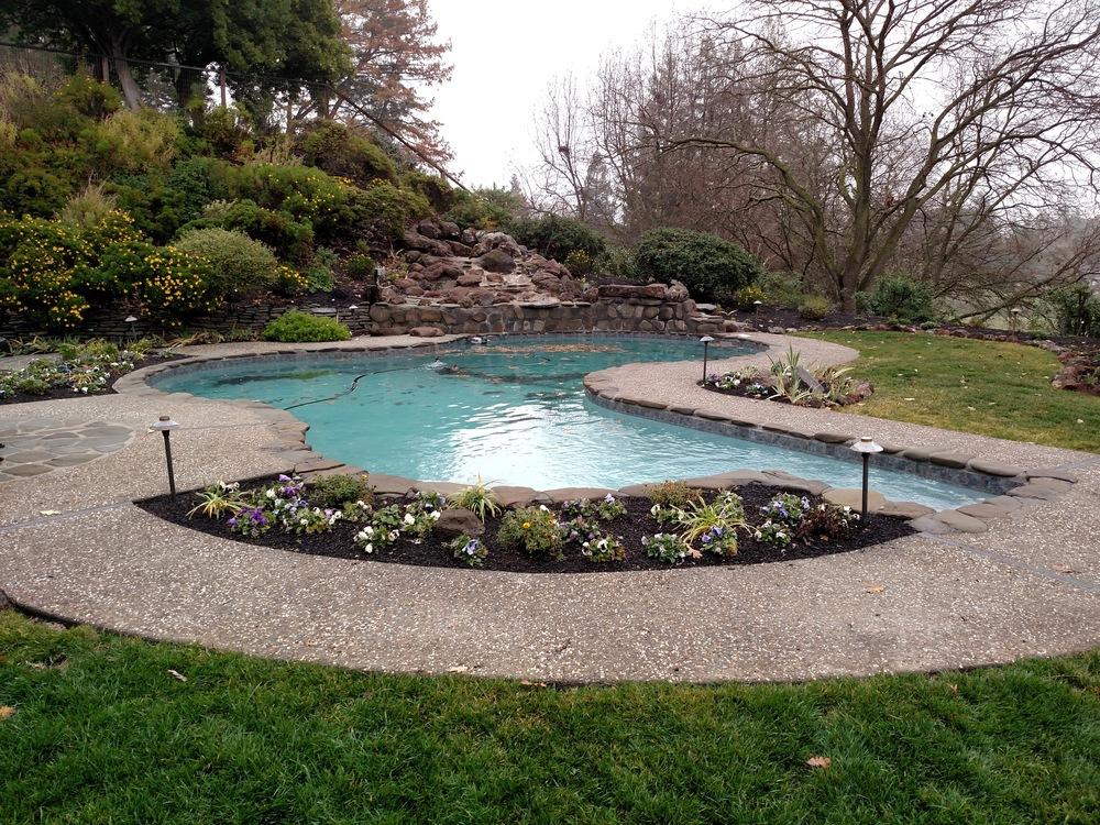 medium-gray-fiberglass-pool.jpeg