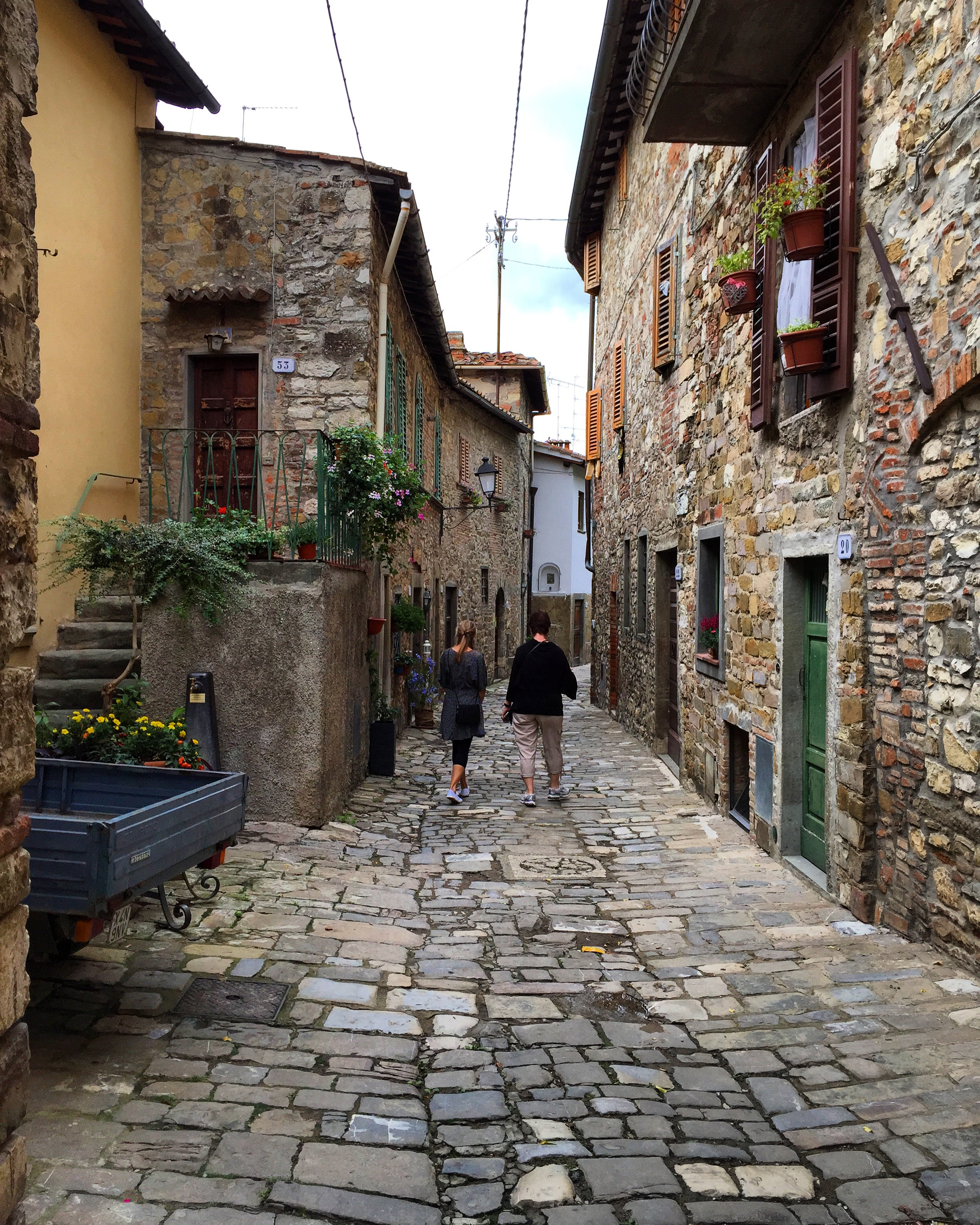 2015 travel italian style Women's tuscany clients, getting lost in the countryside of florence