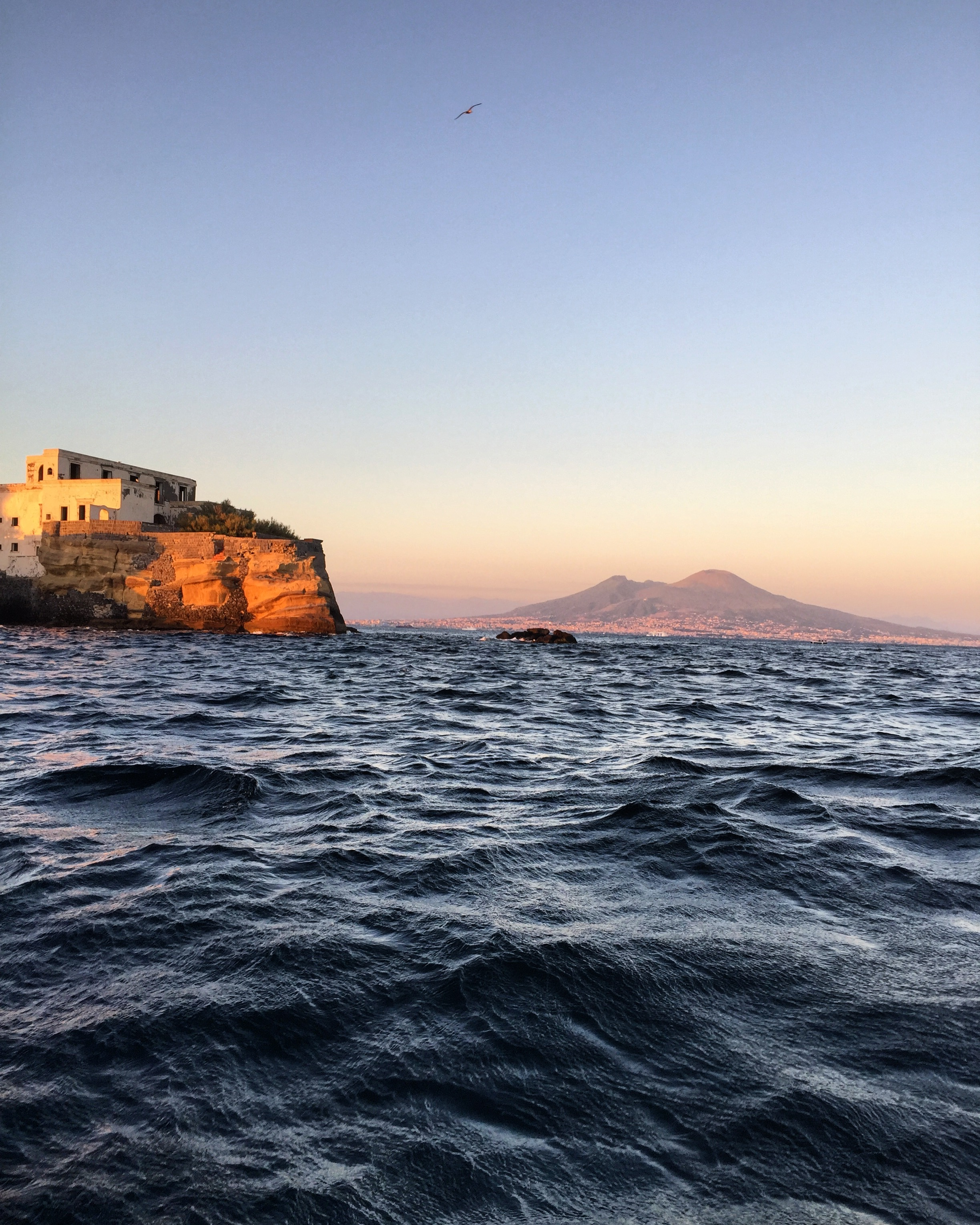 NAPLES BY SEA - PHOTO BY TRAVEL ITALIAN STYLE
