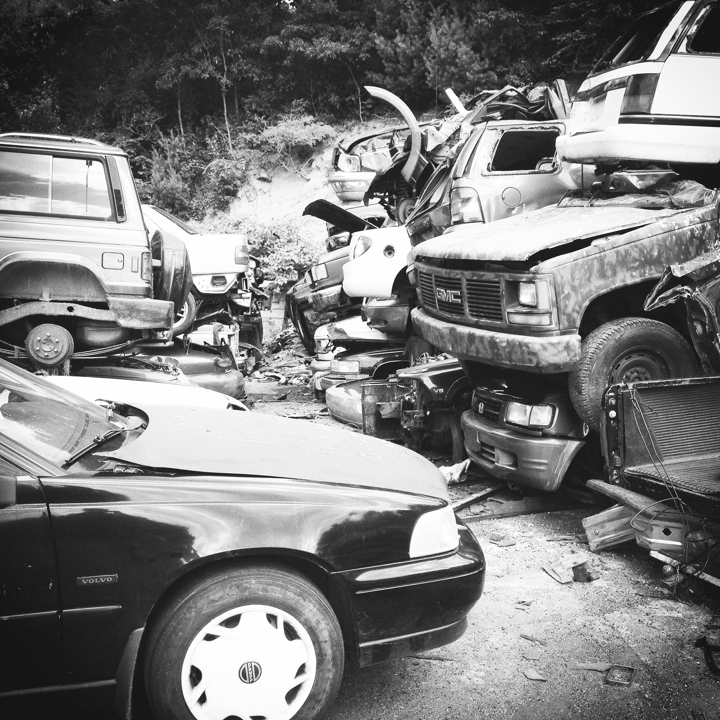 scrap yard cars b&w.jpg