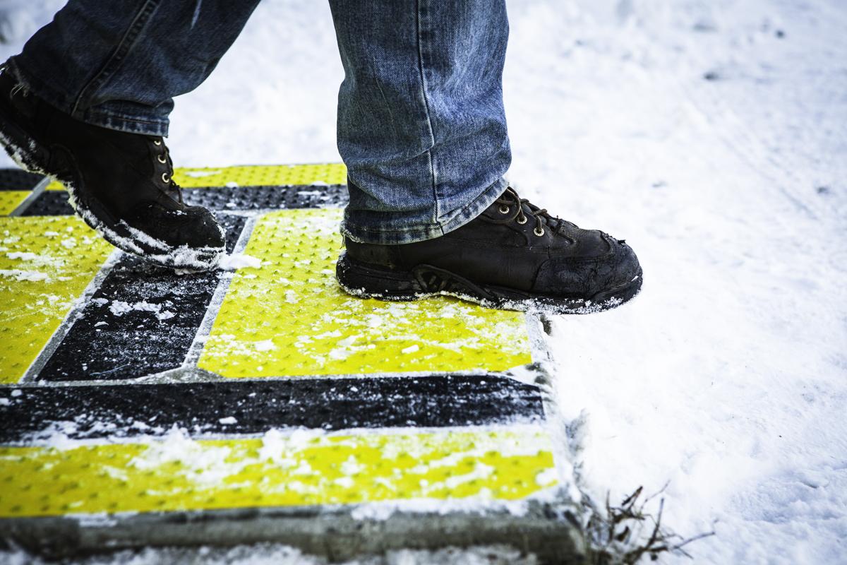 GripAll-Snow-Ramp-Steps-5807.JPG