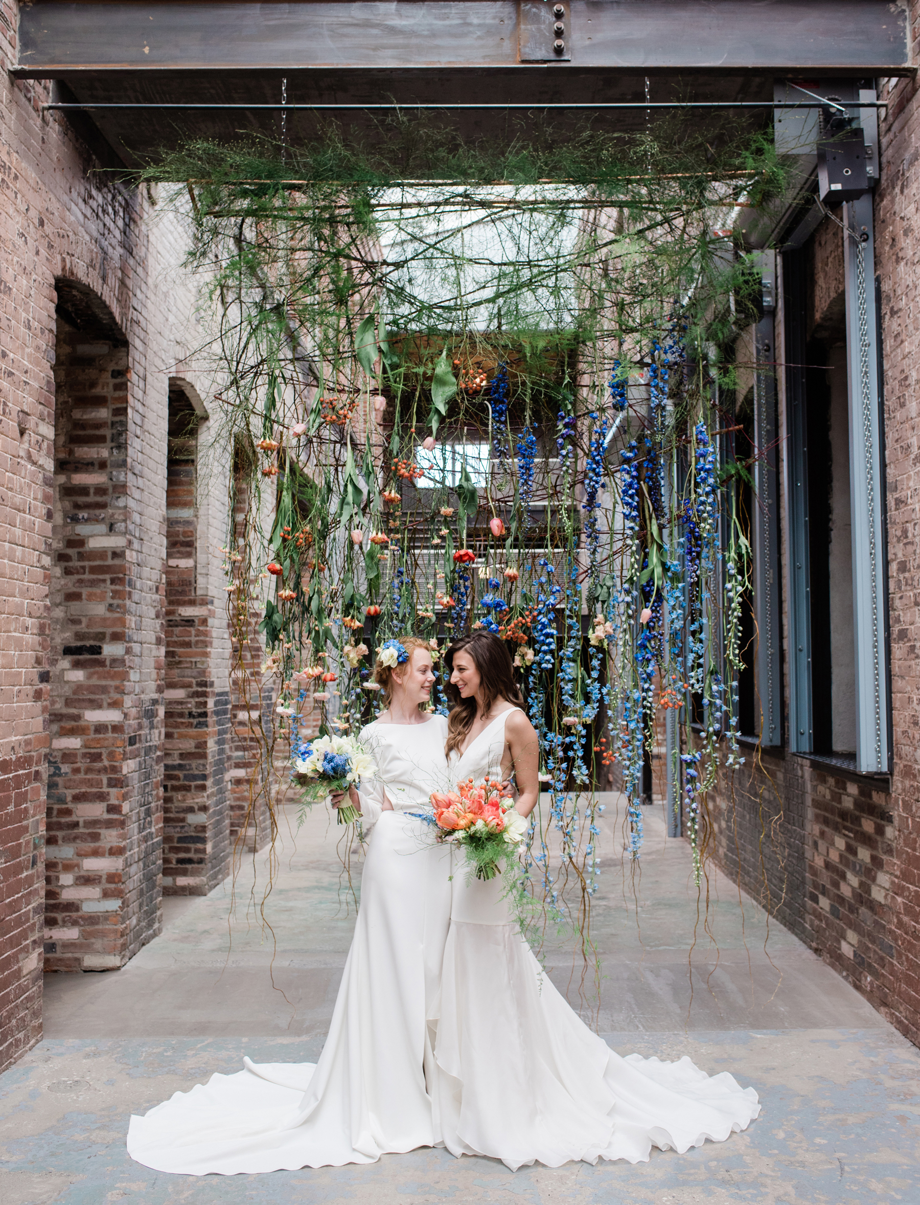 3-two-brides-flower-curtain-industrial-chic-mass-moca-wedding-hybl-fannin-design-1800cr.jpg