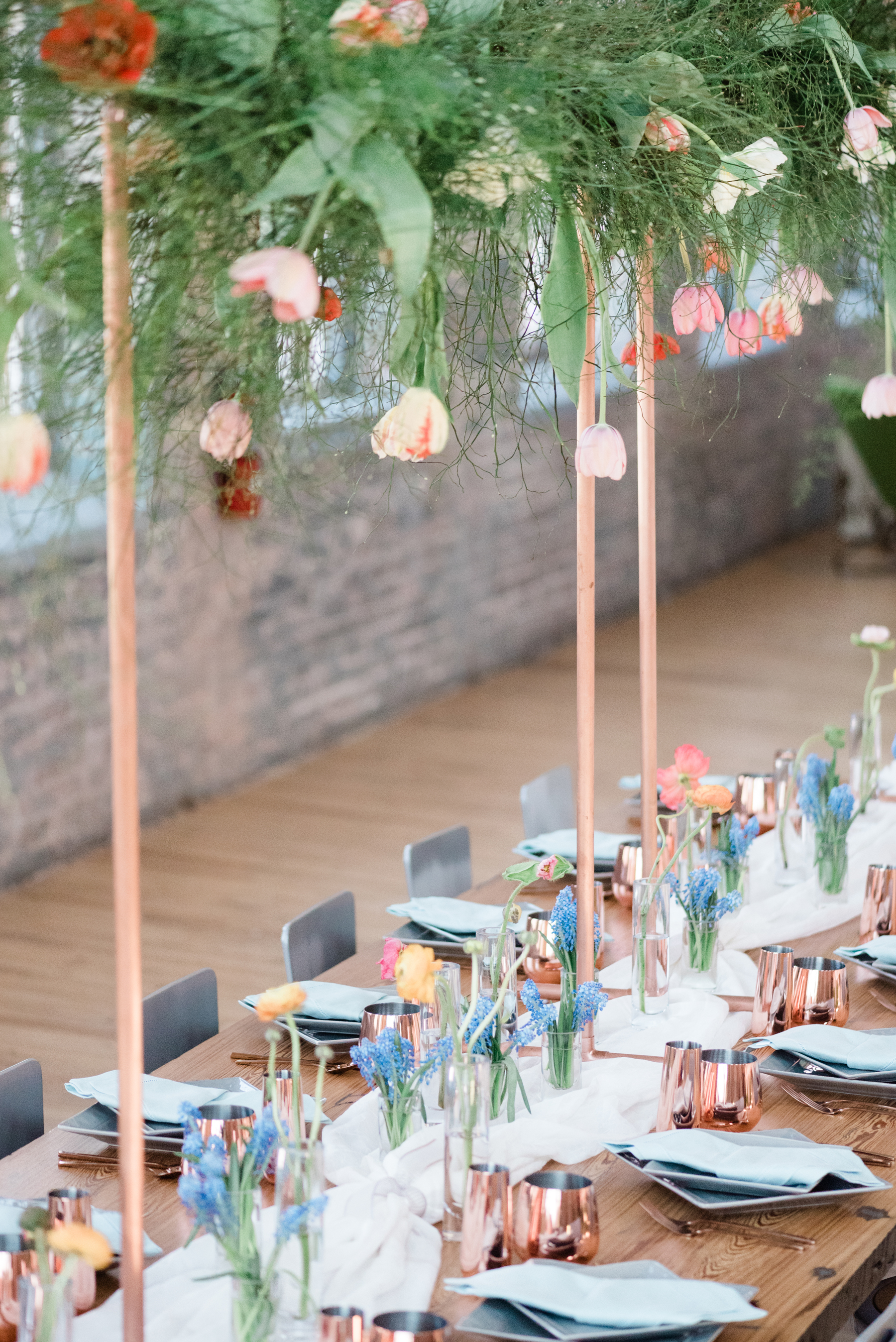 industrial_chic_copper_tulip_wedding_table_decor_mass_moca_hybl_fannin_design_8_1800.jpg