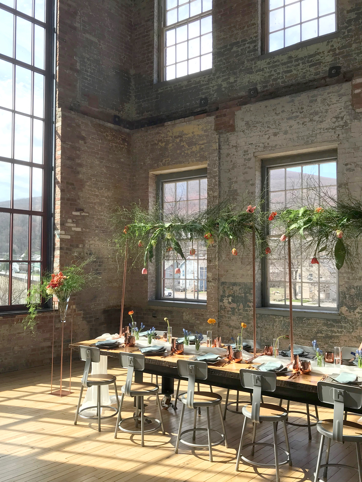 mass-moca-industrial-chic-wedding-berkshire-bride-hybl-fannin-design.jpg