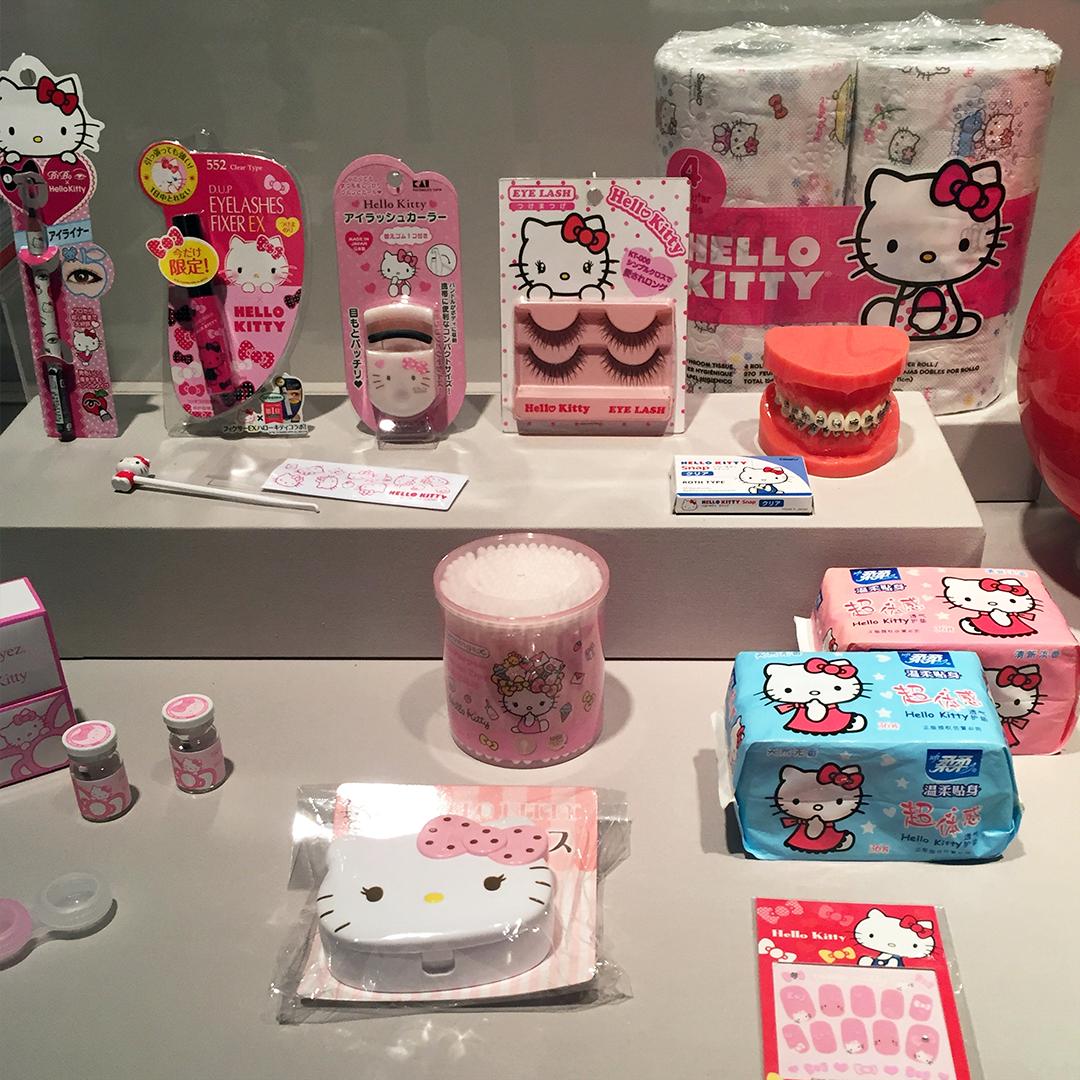 Hello Kitty tolietries