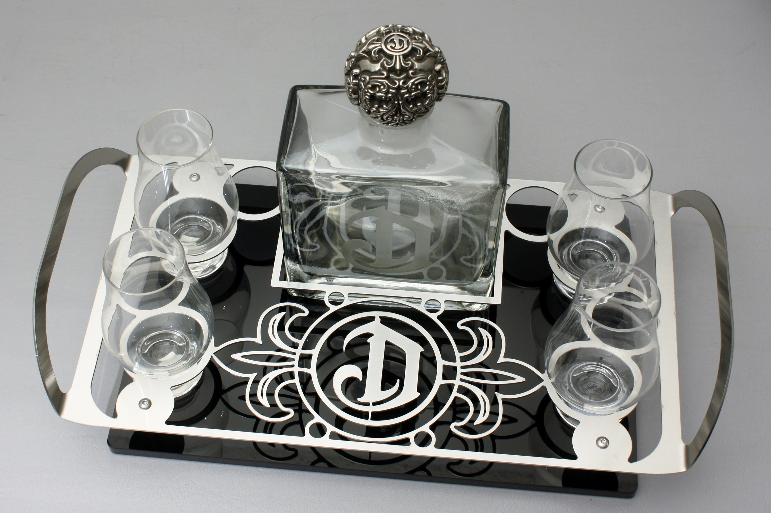 DeLeon BS Tray 750ml 003.jpg