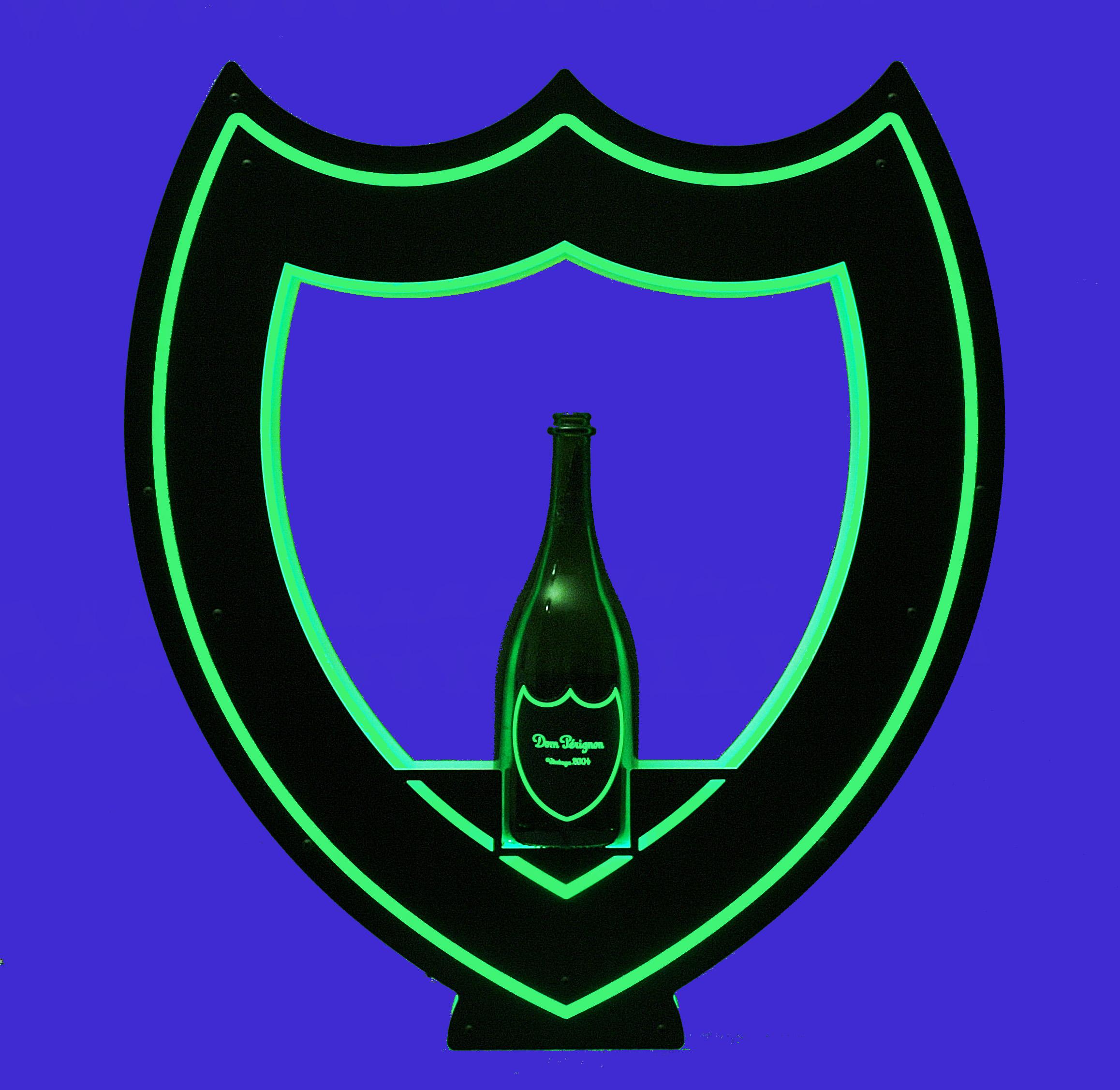 Dom Bottle Presenter 012.JPG
