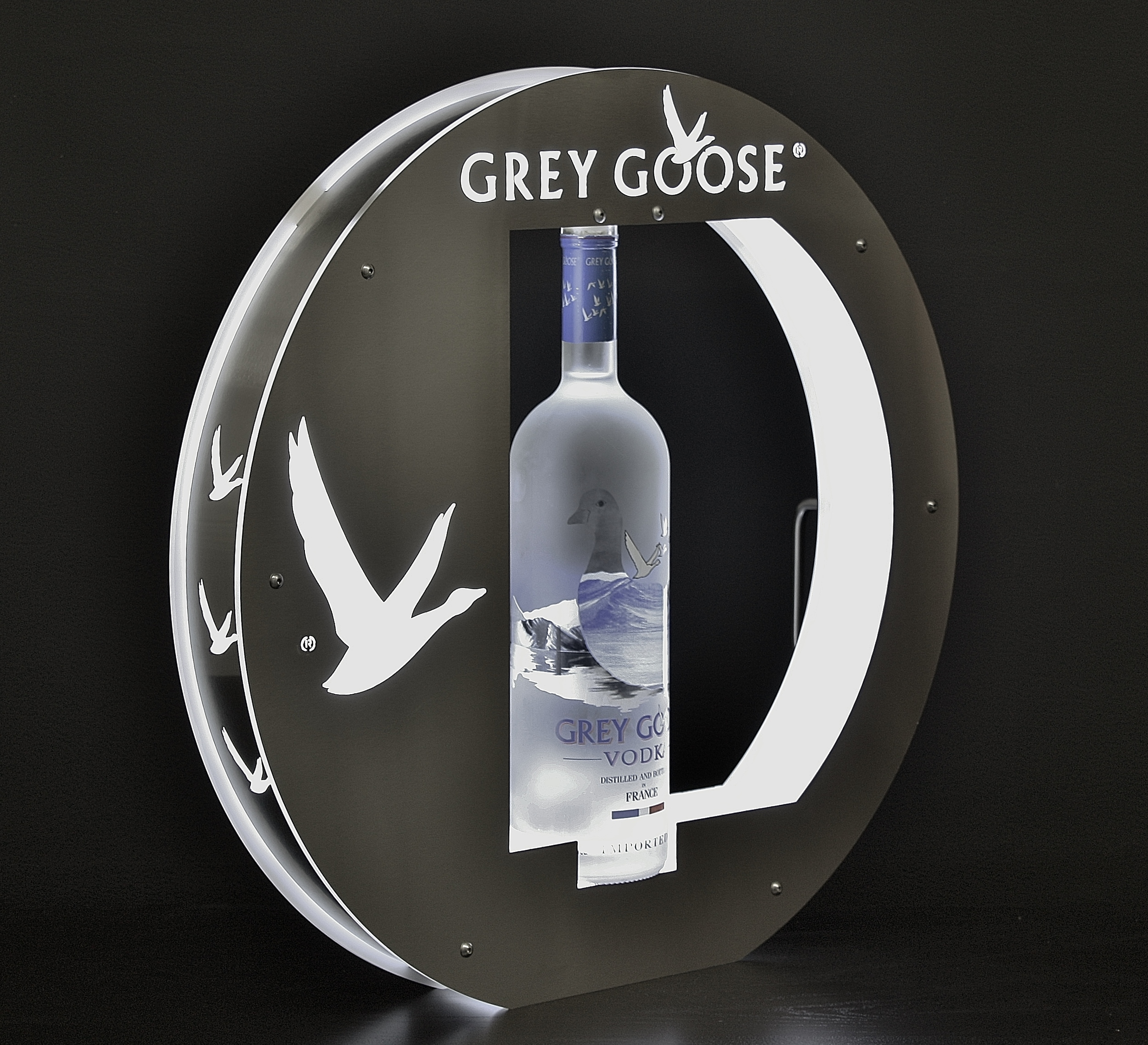Grey Goose Rev Bottle Presenter 007.JPG