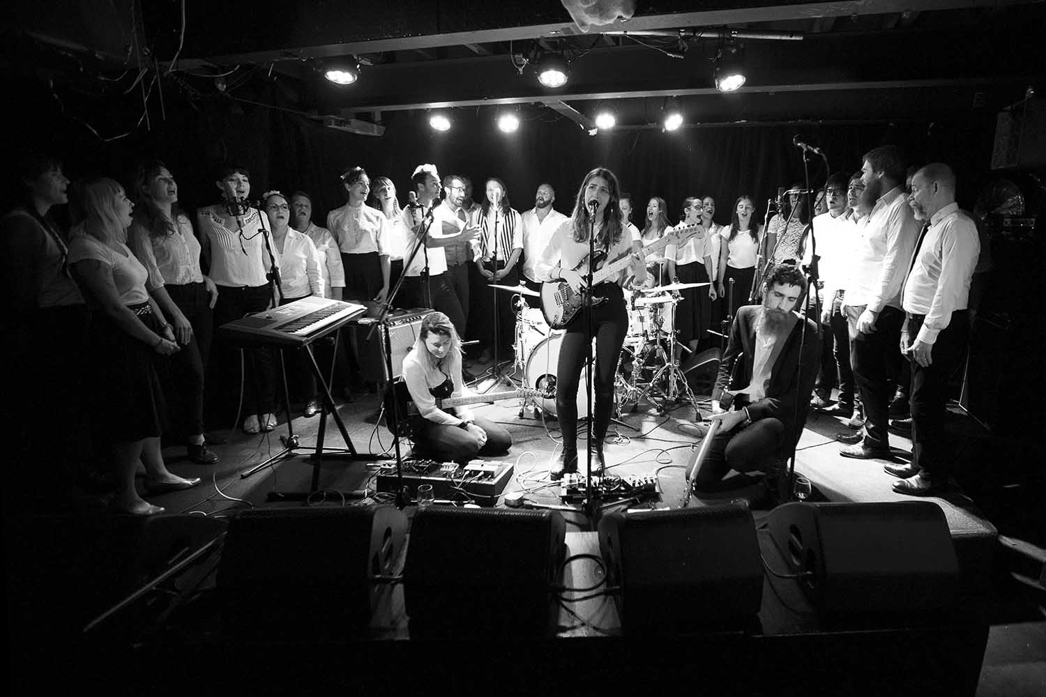 20 April 2016 – Day 56/366 – Gabriella Cohen and choir perform at The Gasometer Hotel, Collingwood.