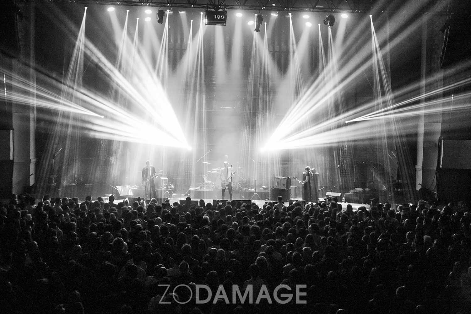 The Drones Melbourne Town Hall, MMW 13.11.2016 — Day 263/366 Zo Damage 365 Project