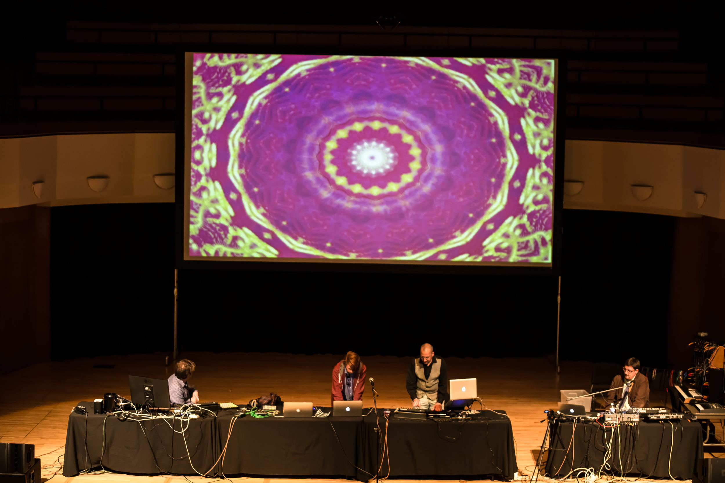 20150319_Art_Gallery_Iron_Pour_Lecture_Electronicatopia_0533.jpg
