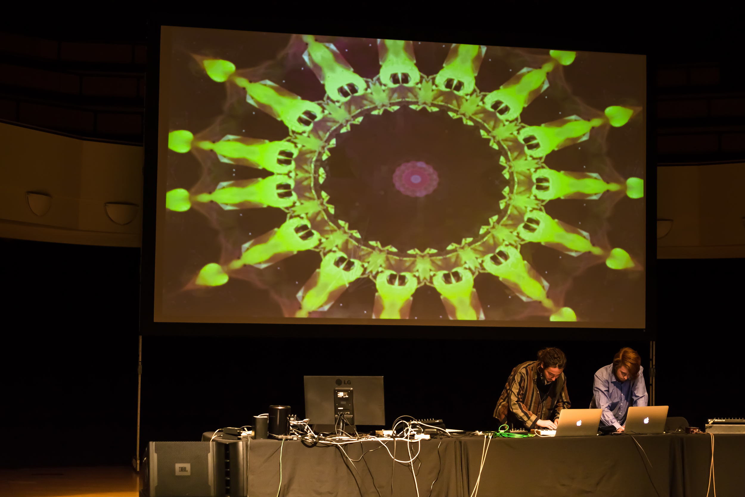 20150319_Art_Gallery_Iron_Pour_Lecture_Electronicatopia_0667.jpg