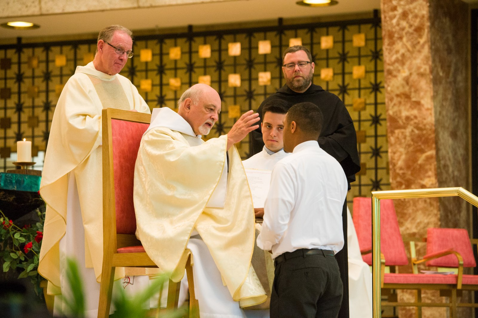 Elizandro Contreras professes his first vows