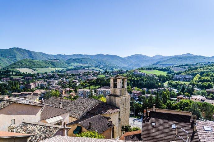 3522_View-over-Cascia-Italy-HD-wallpaper.jpg