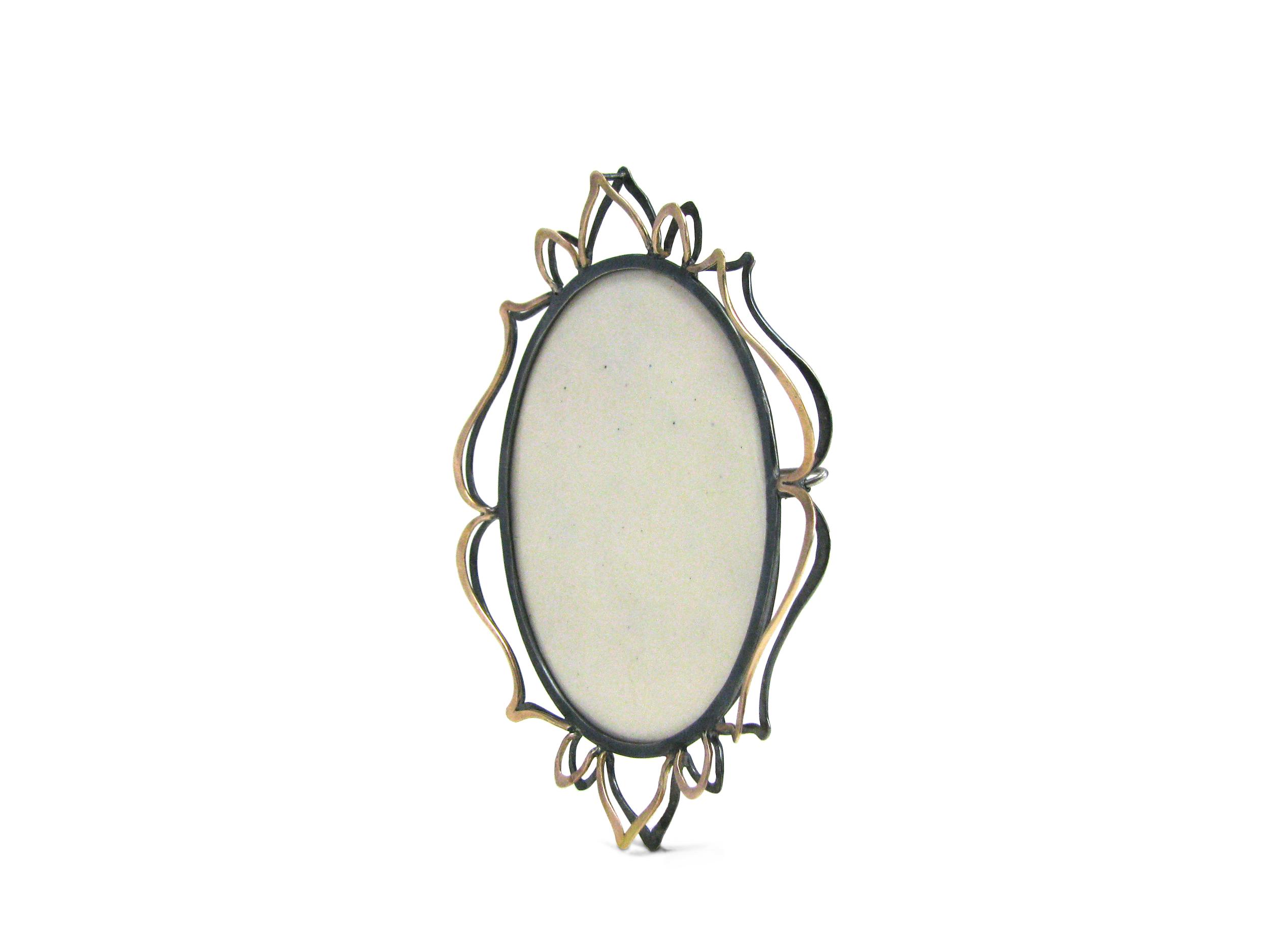 ivory petals brooch side.jpg
