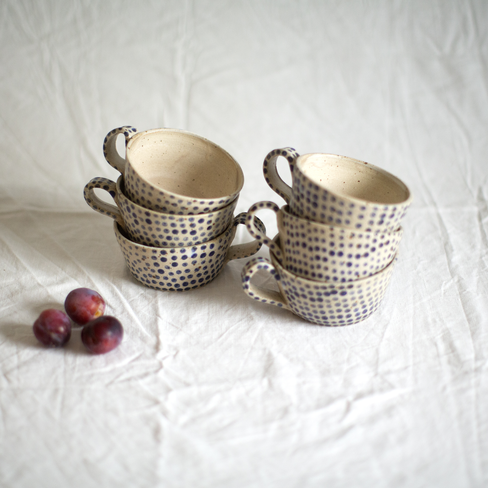 Polli Pots blog-blue dotted mugs 1.jpg