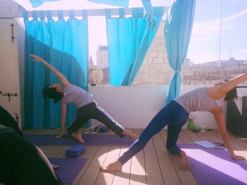 Pause+Play+Malta+Yoga.jpeg