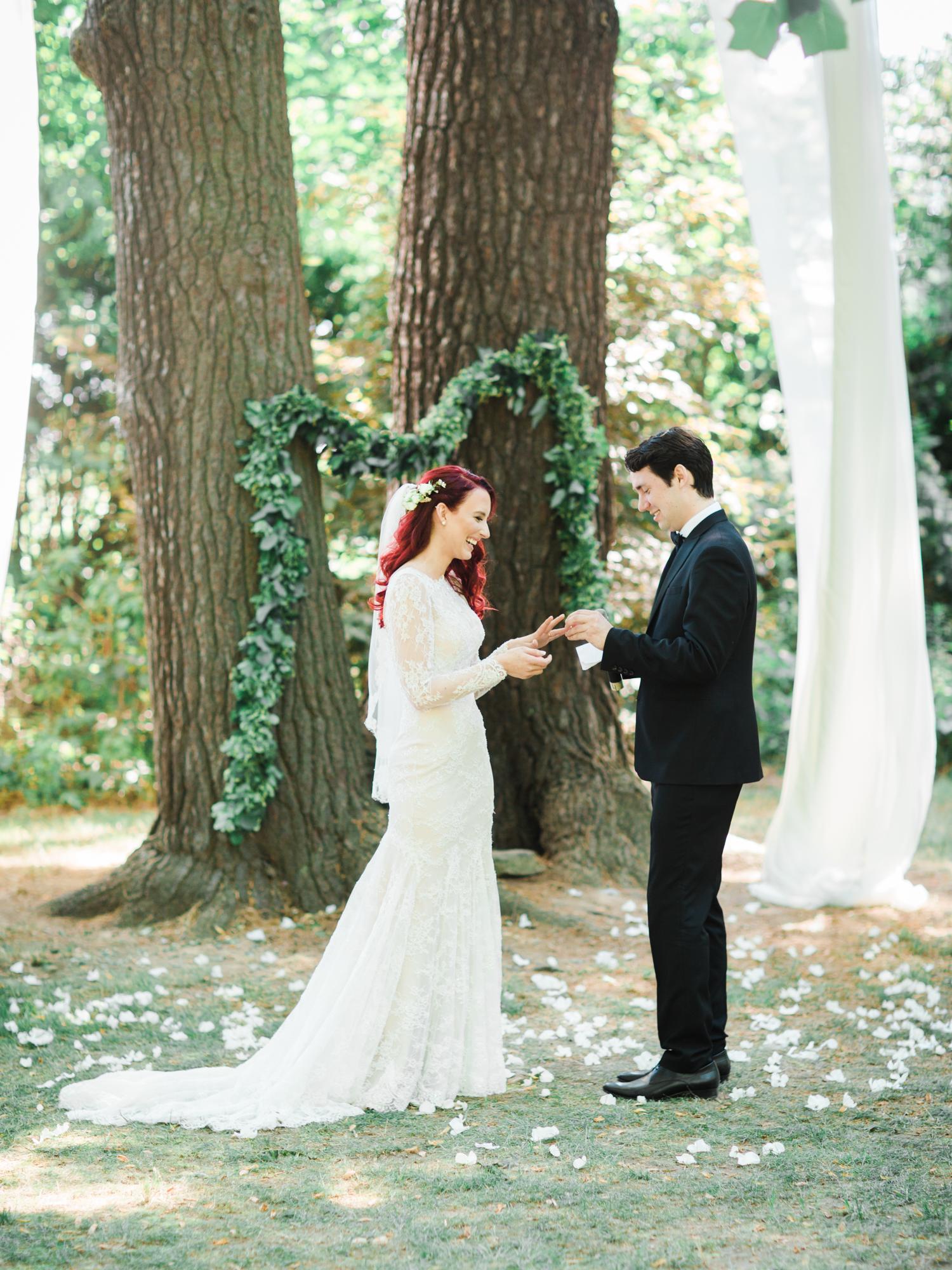 Top-Niagara-Wedding-Photographer-50-26.jpg