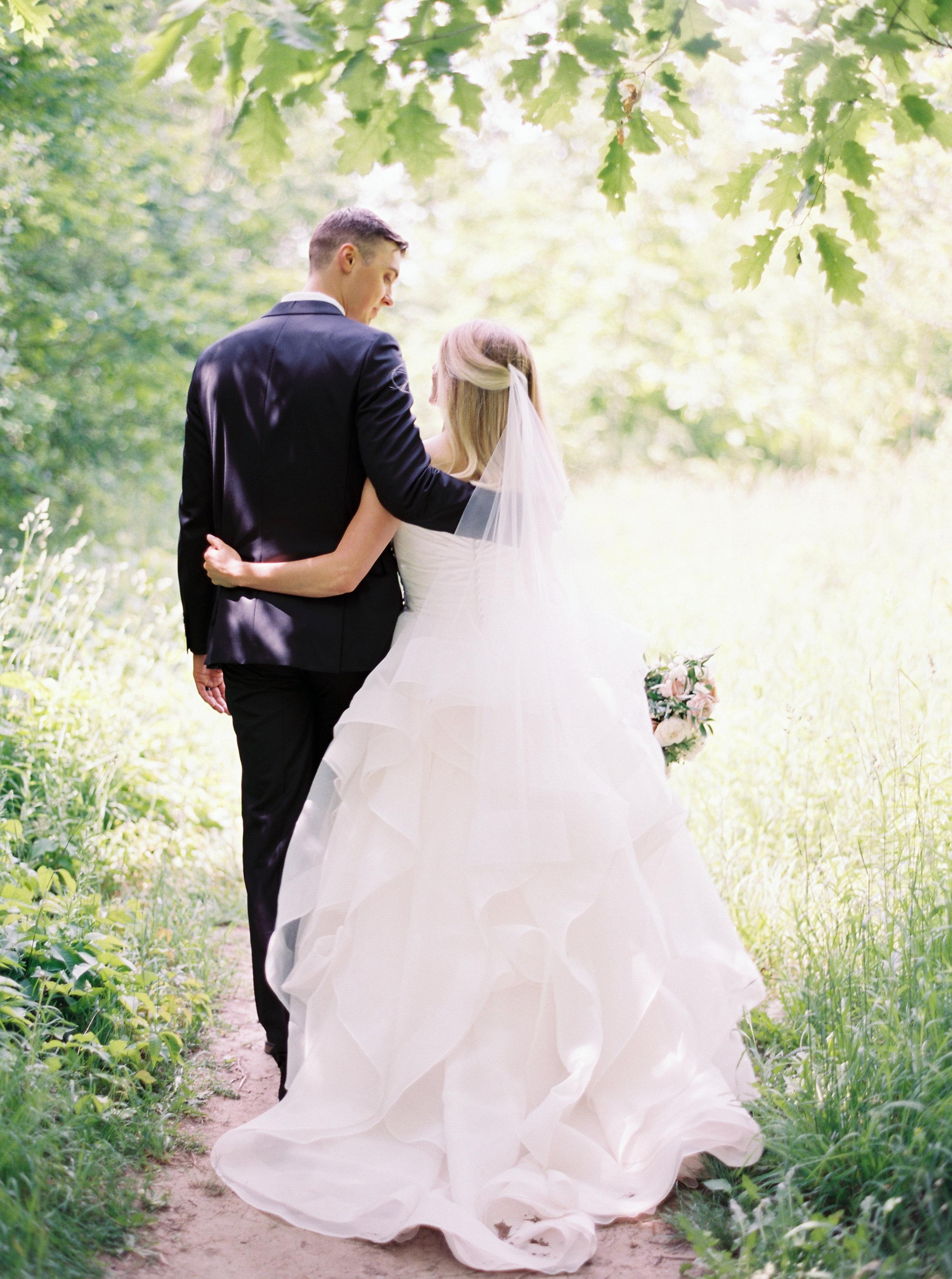 Niagara-Wedding-Photographer-Fine-Art-Film-Photography