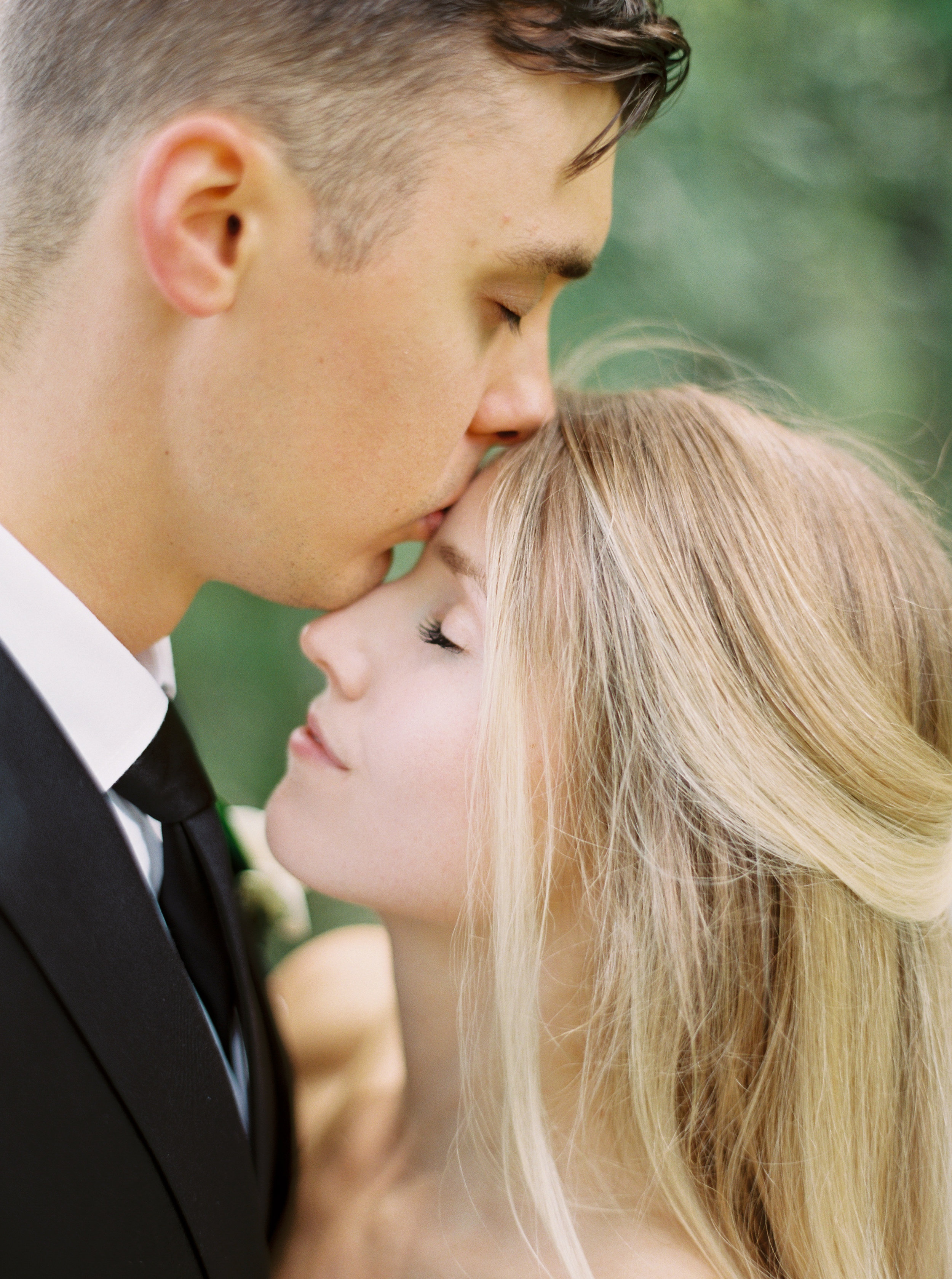 Niagara-Fine-Art-Wedding-Photographer-Katie-Nicolle