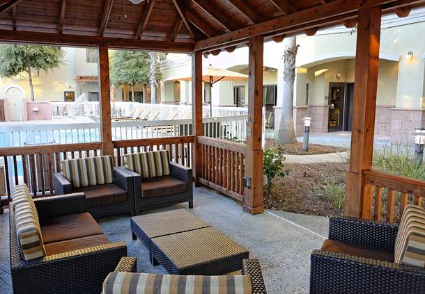 Courtyard Destin 1.jpg
