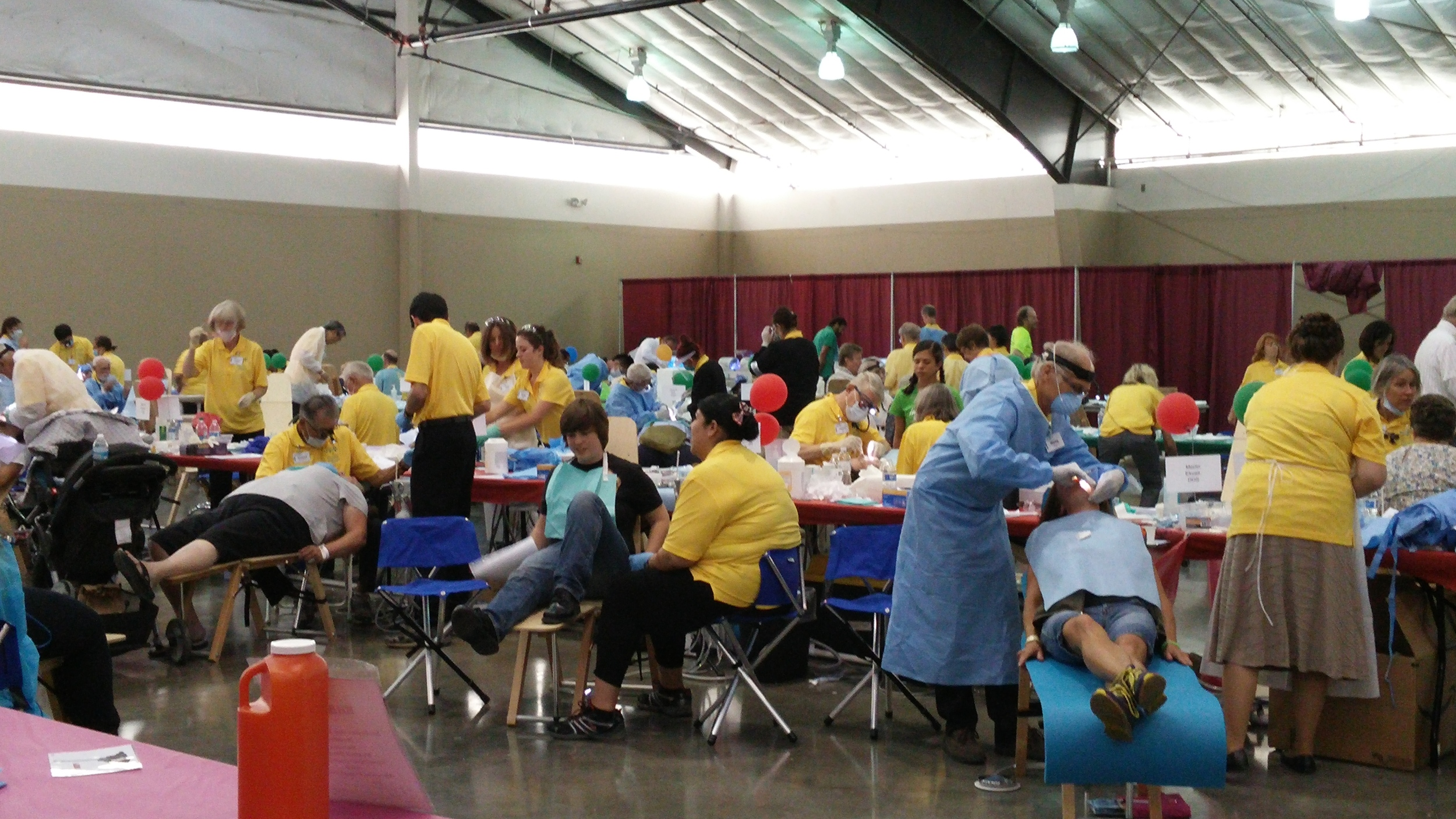 Dental clinic at Pathways to Health 2015.