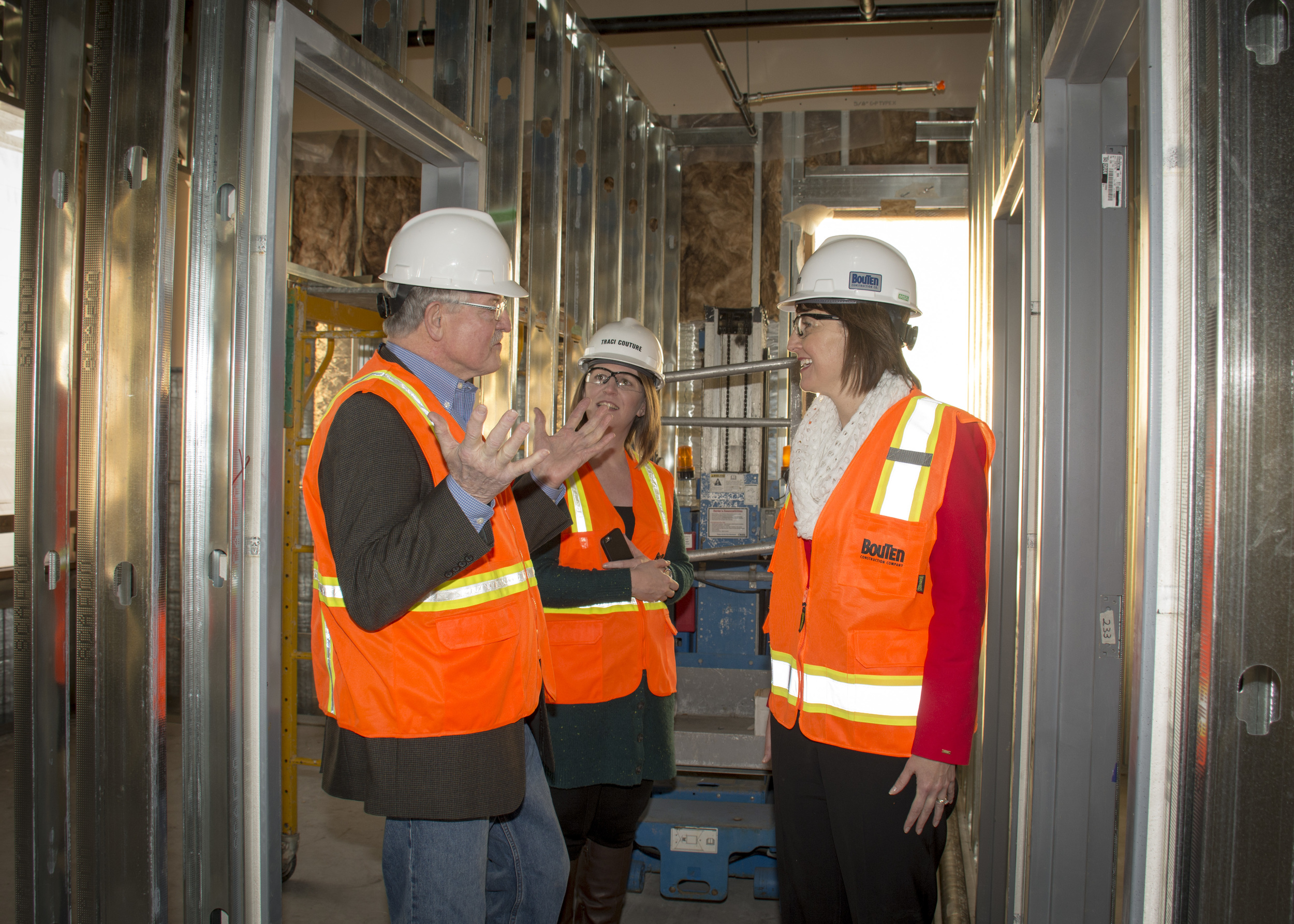 1-congresswoman-cathy-mcmorris-rodgers-visits-sthc-construction_7_24549015055_o.jpg