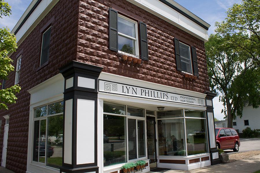 Lyn-Phillips-Store-Front.jpg
