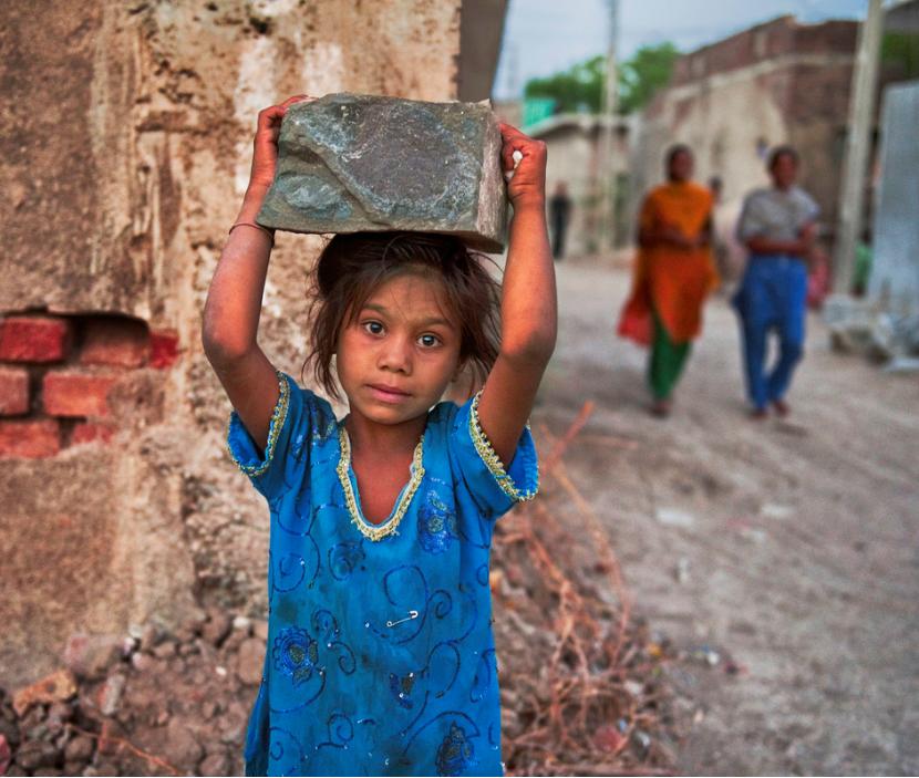 Child labourer in India