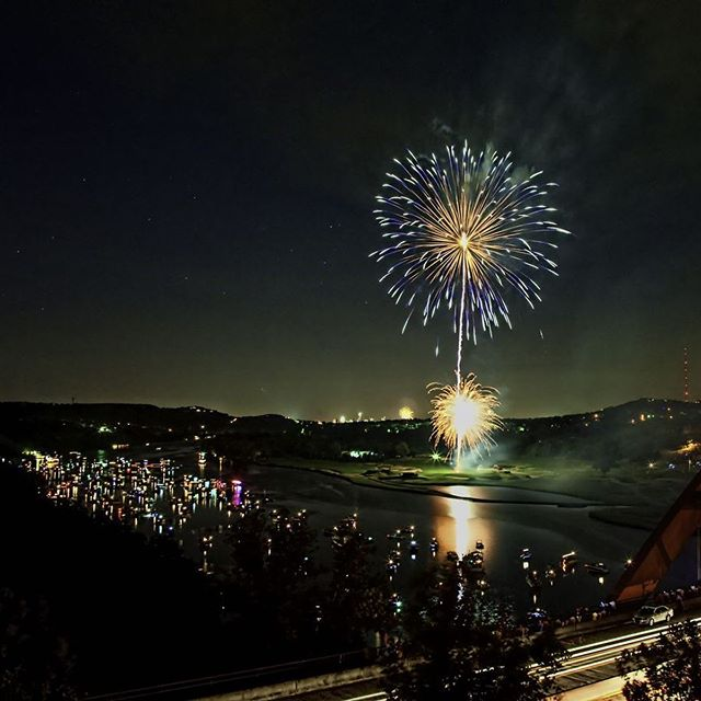 Our favorite holiday of the year is sneaking up quick! We have a few spots still available so give us a call at 512-766-WAKE to book a trip and make this 4th of July one to remember🇺🇸
